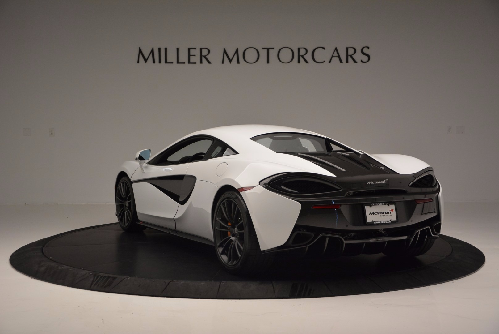 Used 2016 McLaren 570S  For Sale In Greenwich, CT 1464_p5