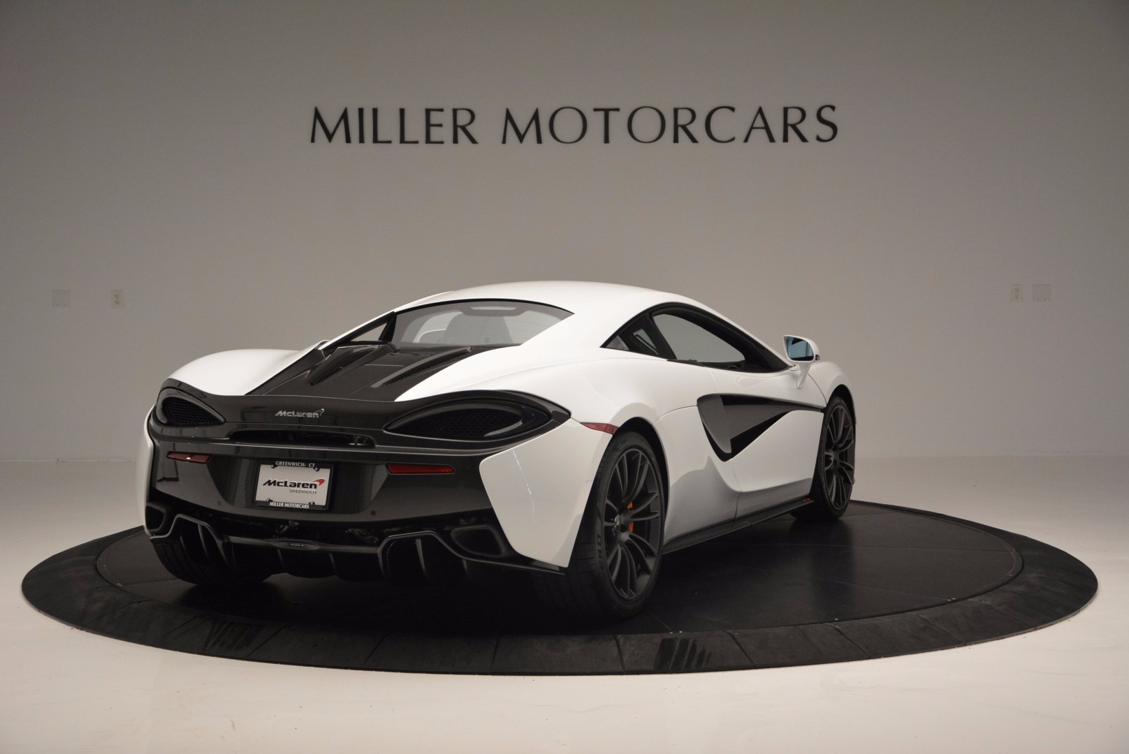 Used 2016 McLaren 570S  For Sale In Greenwich, CT 1464_p7