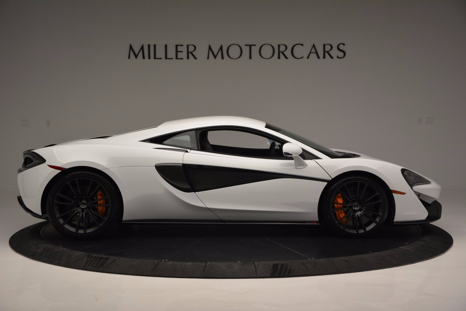 Used 2016 McLaren 570S  For Sale In Greenwich, CT 1464_p9