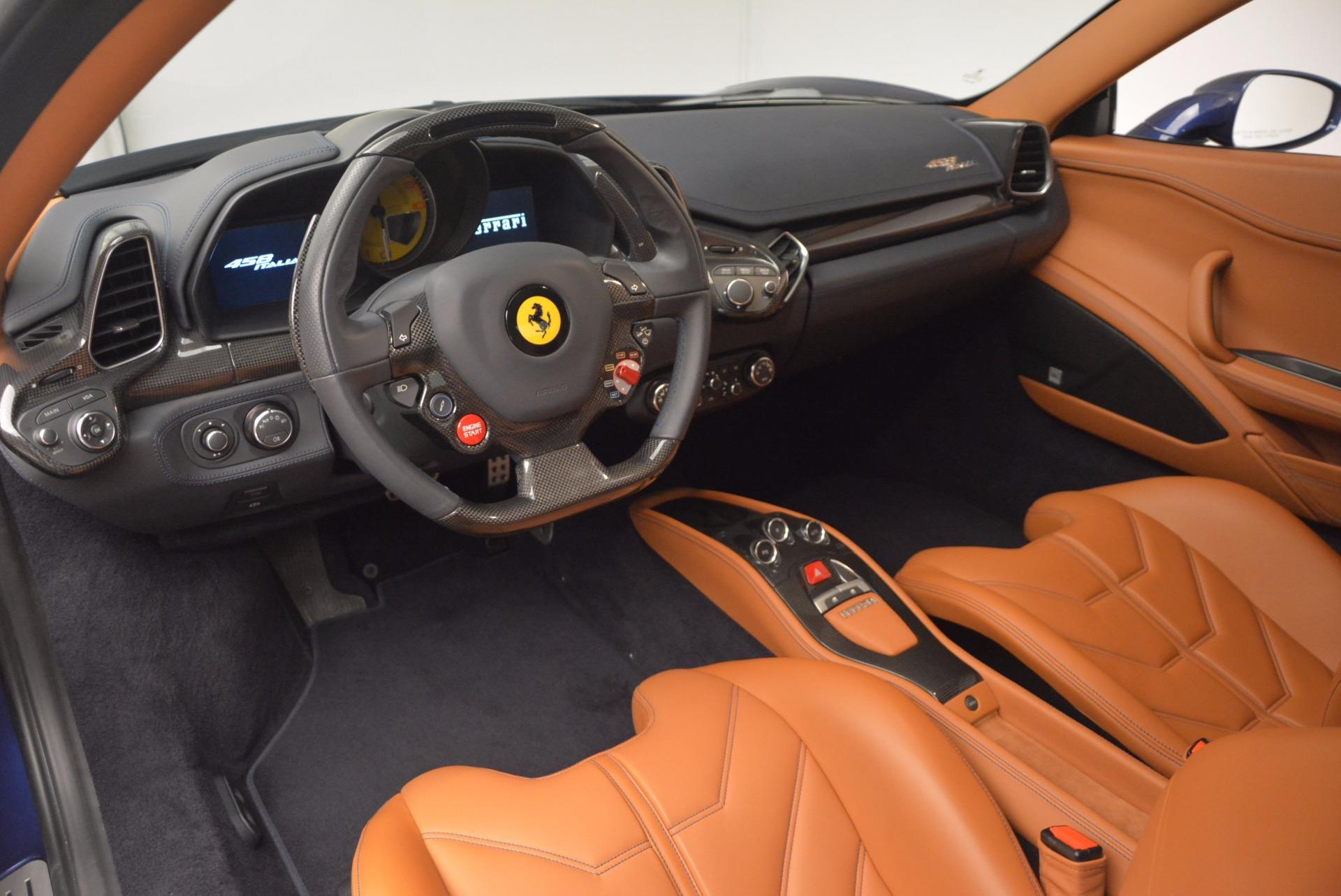 Used 2013 Ferrari 458 Italia  For Sale In Greenwich, CT 1465_p13