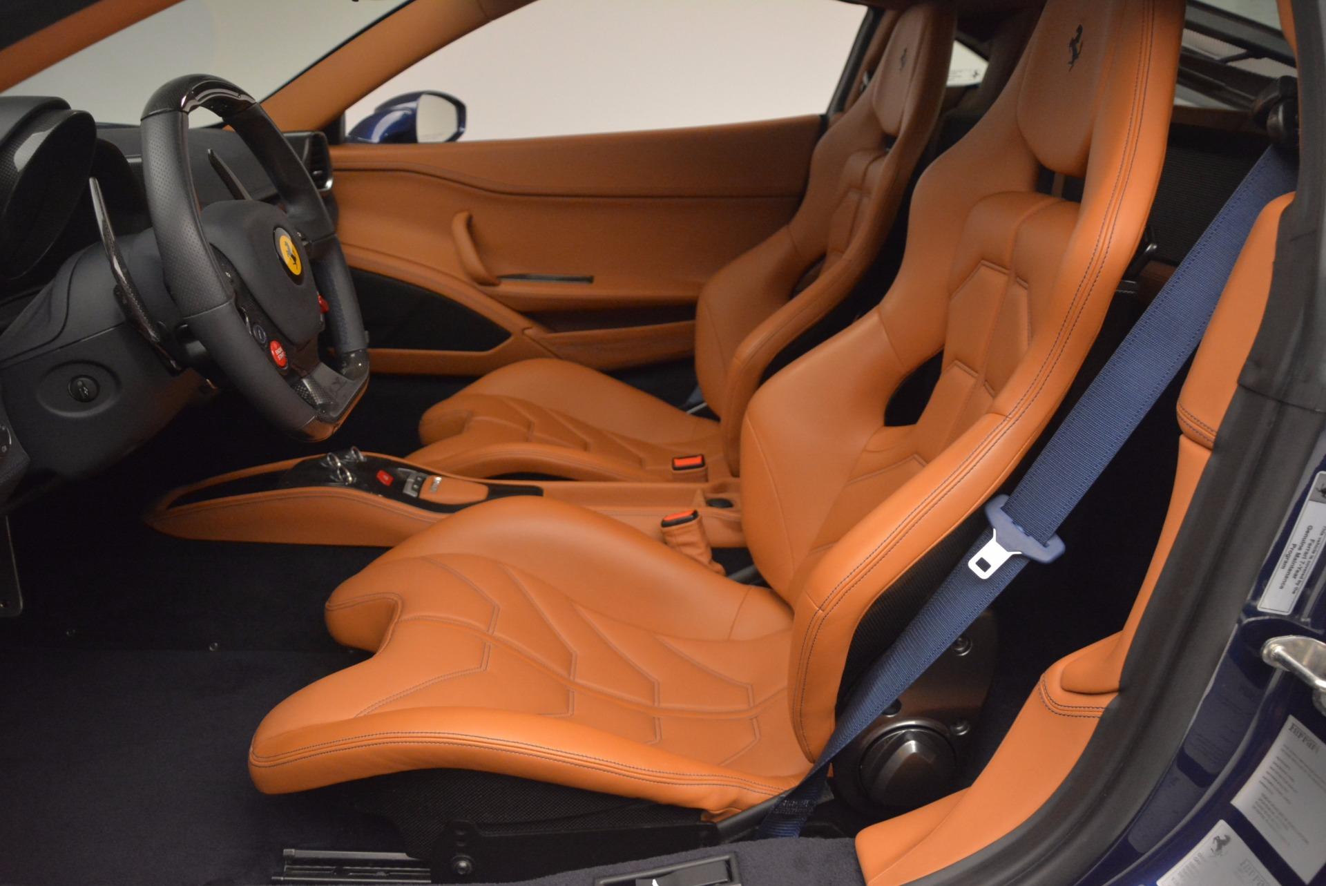 Used 2013 Ferrari 458 Italia  For Sale In Greenwich, CT 1465_p14