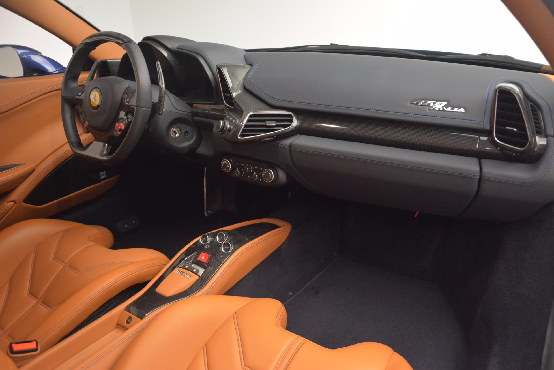 Used 2013 Ferrari 458 Italia  For Sale In Greenwich, CT 1465_p17