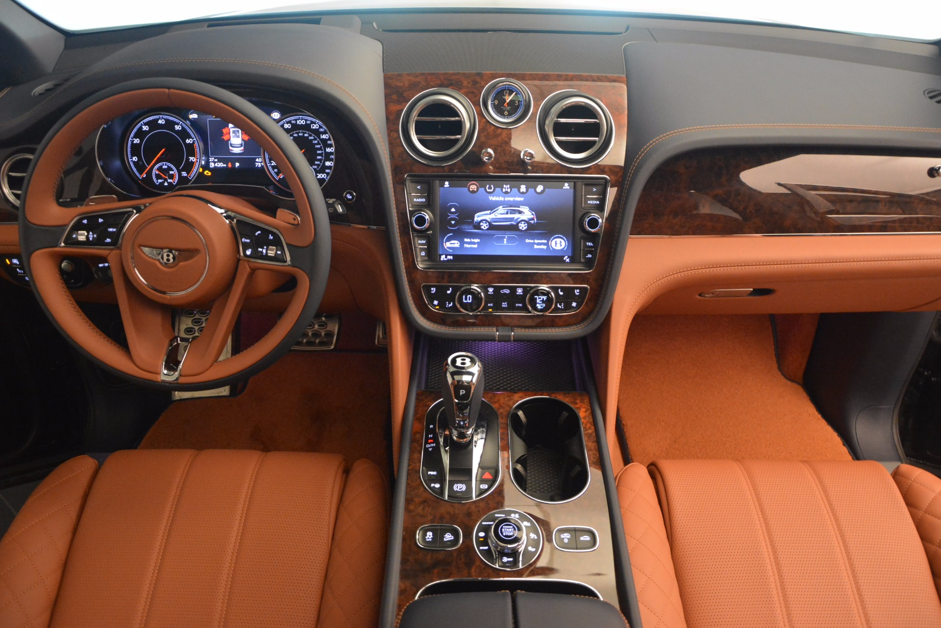 Used 2018 Bentley Bentayga W12 Signature For Sale In Greenwich, CT 1468_p46