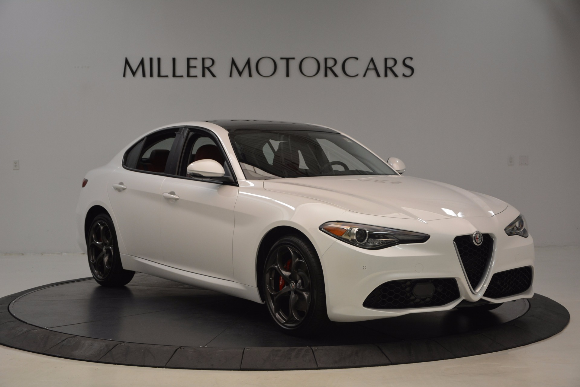 New 2017 Alfa Romeo Giulia Ti Q4 For Sale In Greenwich, CT 1470_p11
