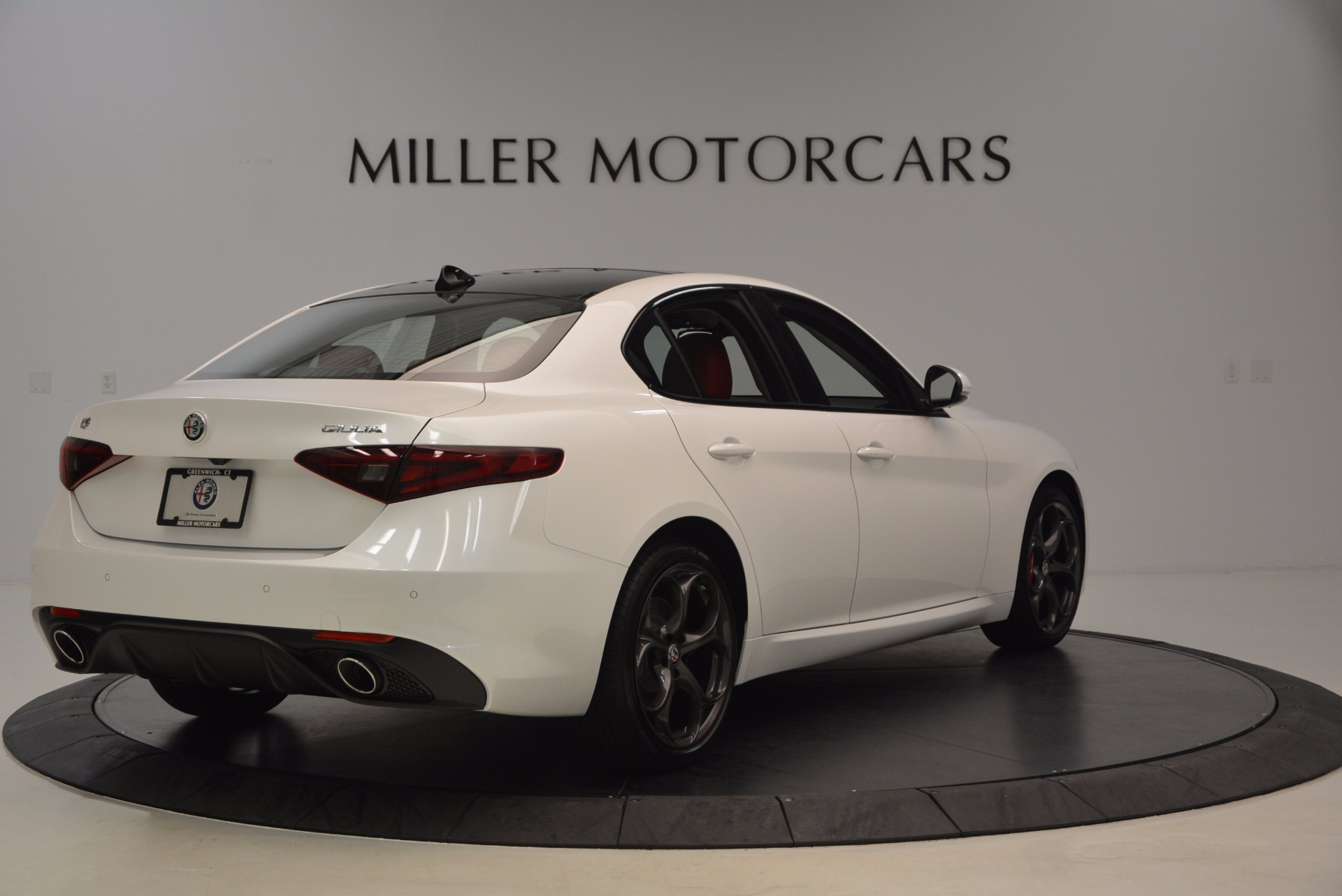 New 2017 Alfa Romeo Giulia Ti Q4 For Sale In Greenwich, CT 1470_p7