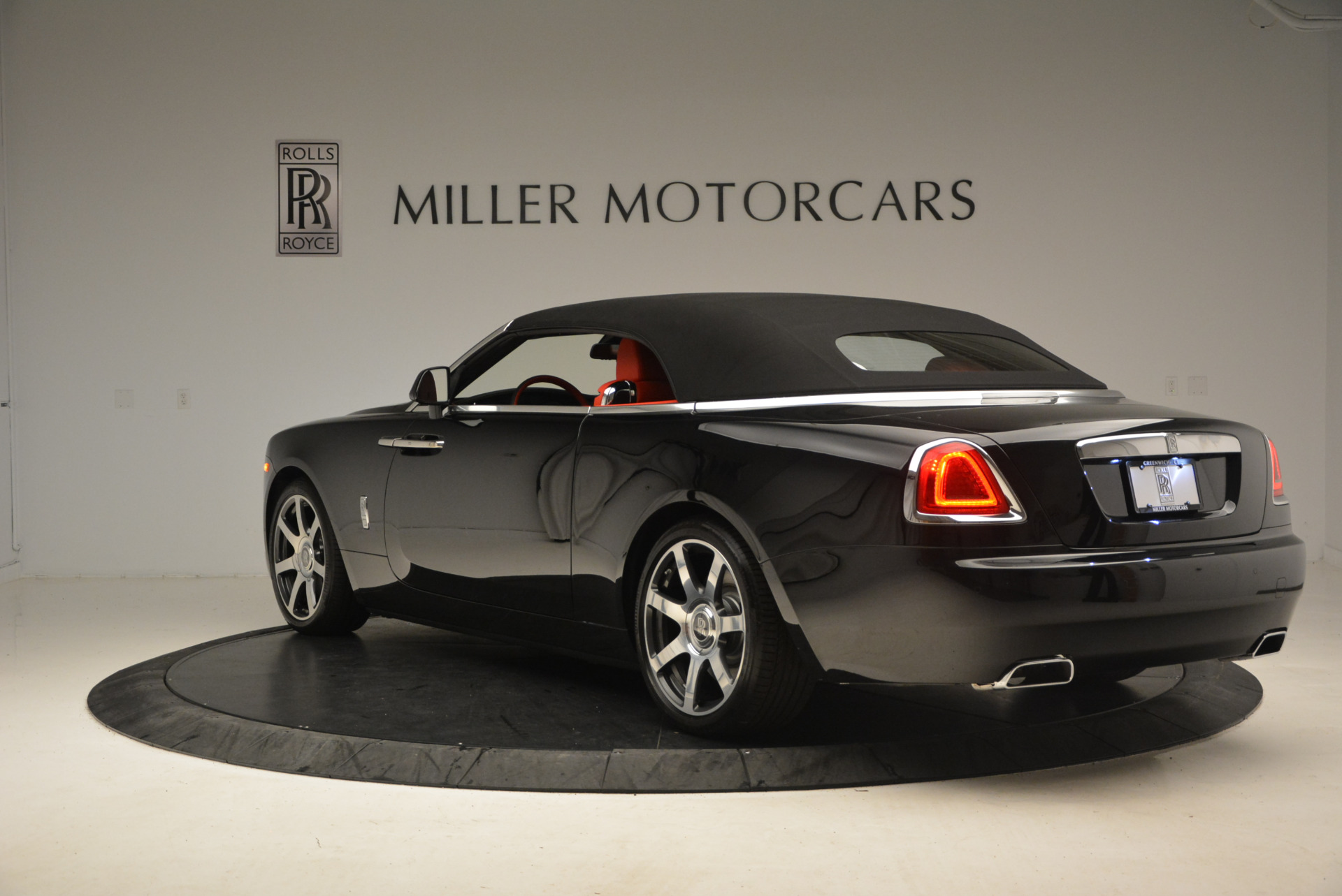 New 2017 Rolls-Royce Dawn  For Sale In Greenwich, CT 1472_p22