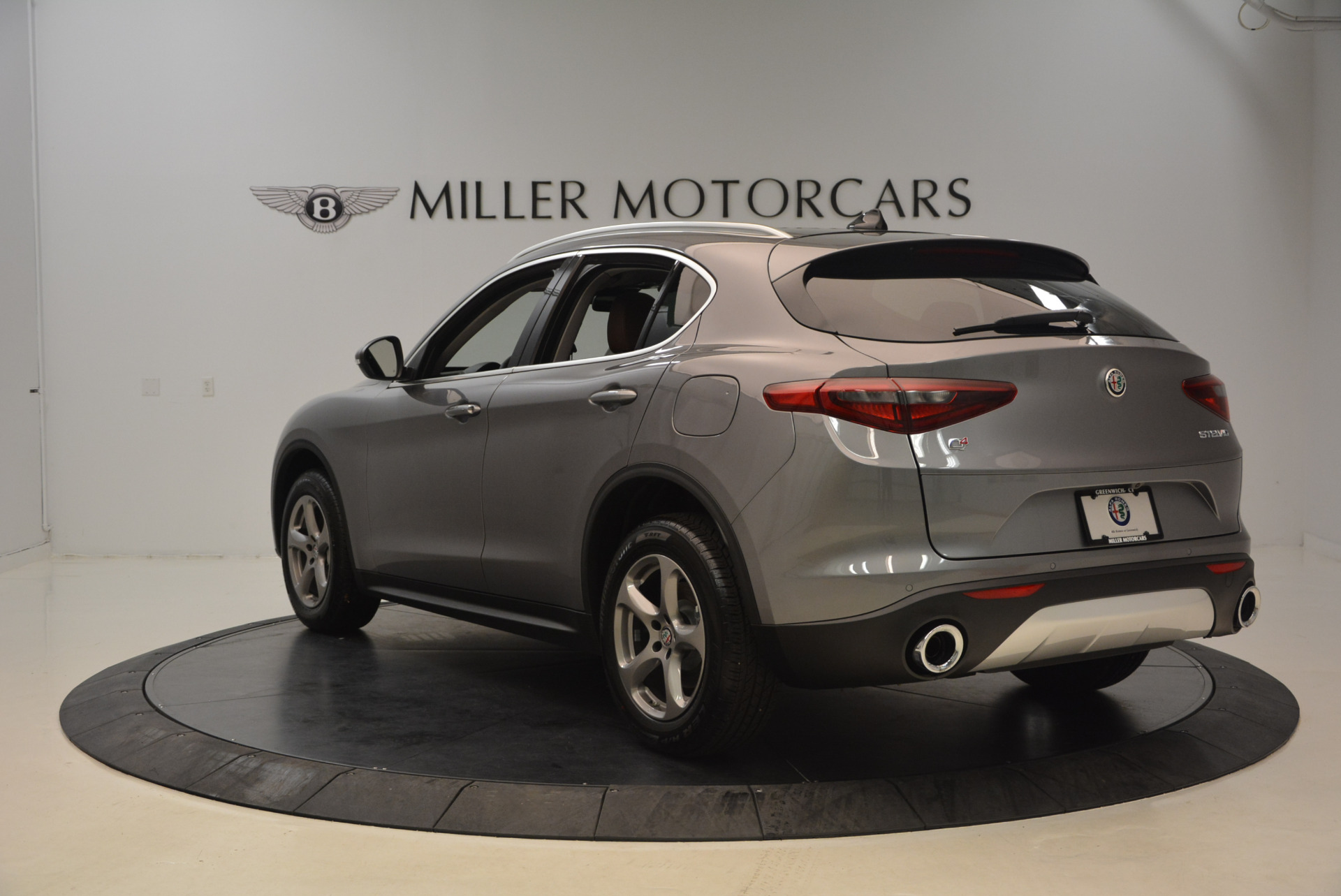 New 2018 Alfa Romeo Stelvio Q4 For Sale In Greenwich, CT 1491_p5