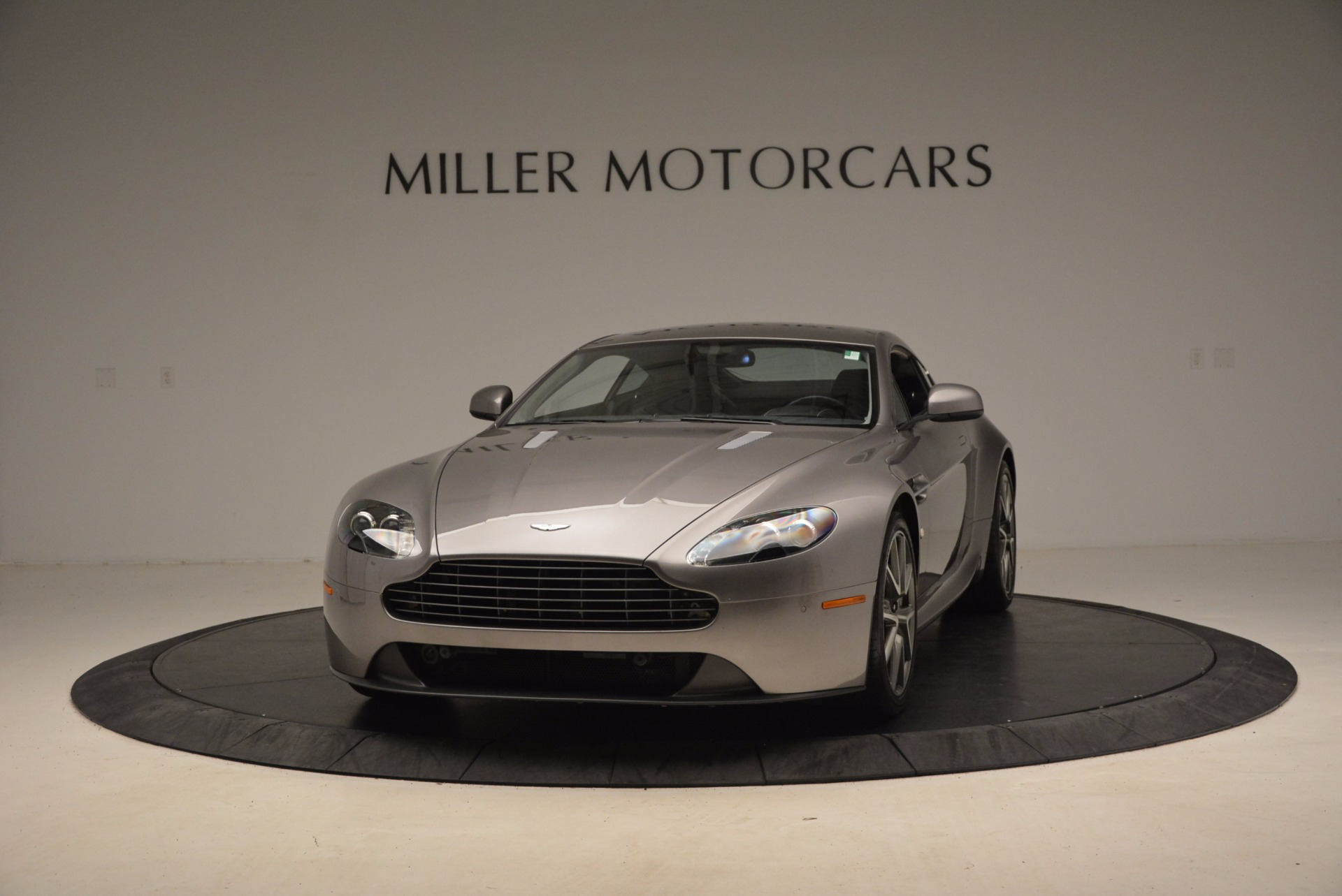 Used 2012 Aston Martin V8 Vantage  For Sale In Greenwich, CT 1497_main