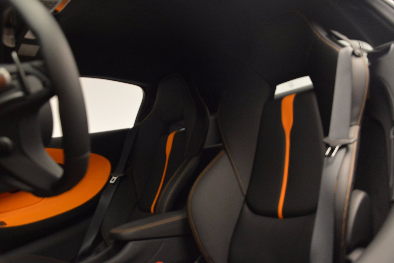 Used 2016 McLaren 570S  For Sale In Greenwich, CT 1498_p17