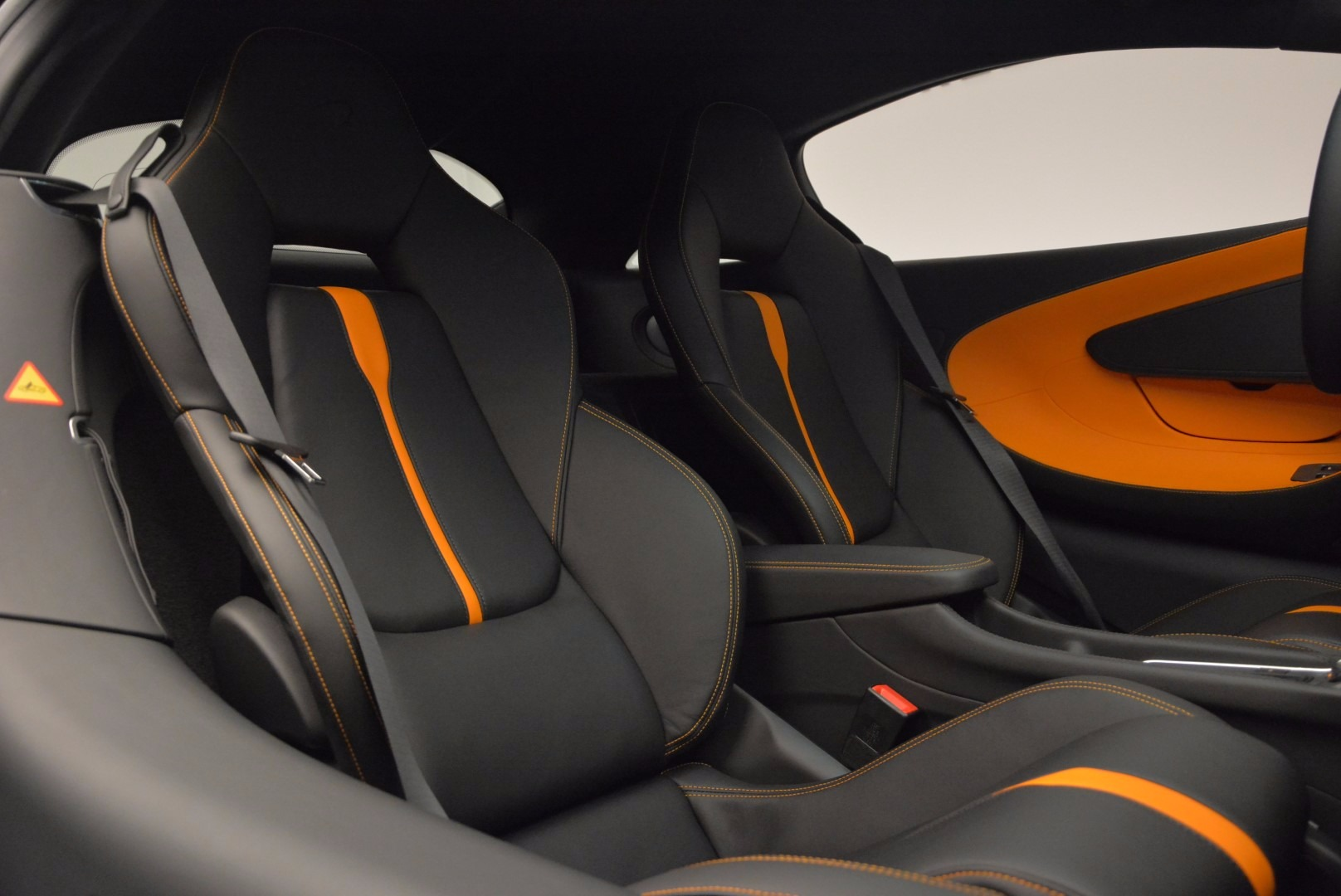 Used 2016 McLaren 570S  For Sale In Greenwich, CT 1498_p20