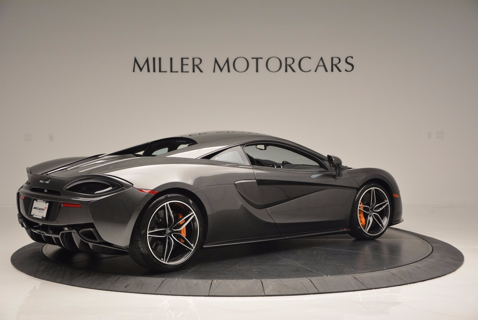 Used 2016 McLaren 570S  For Sale In Greenwich, CT 1498_p8