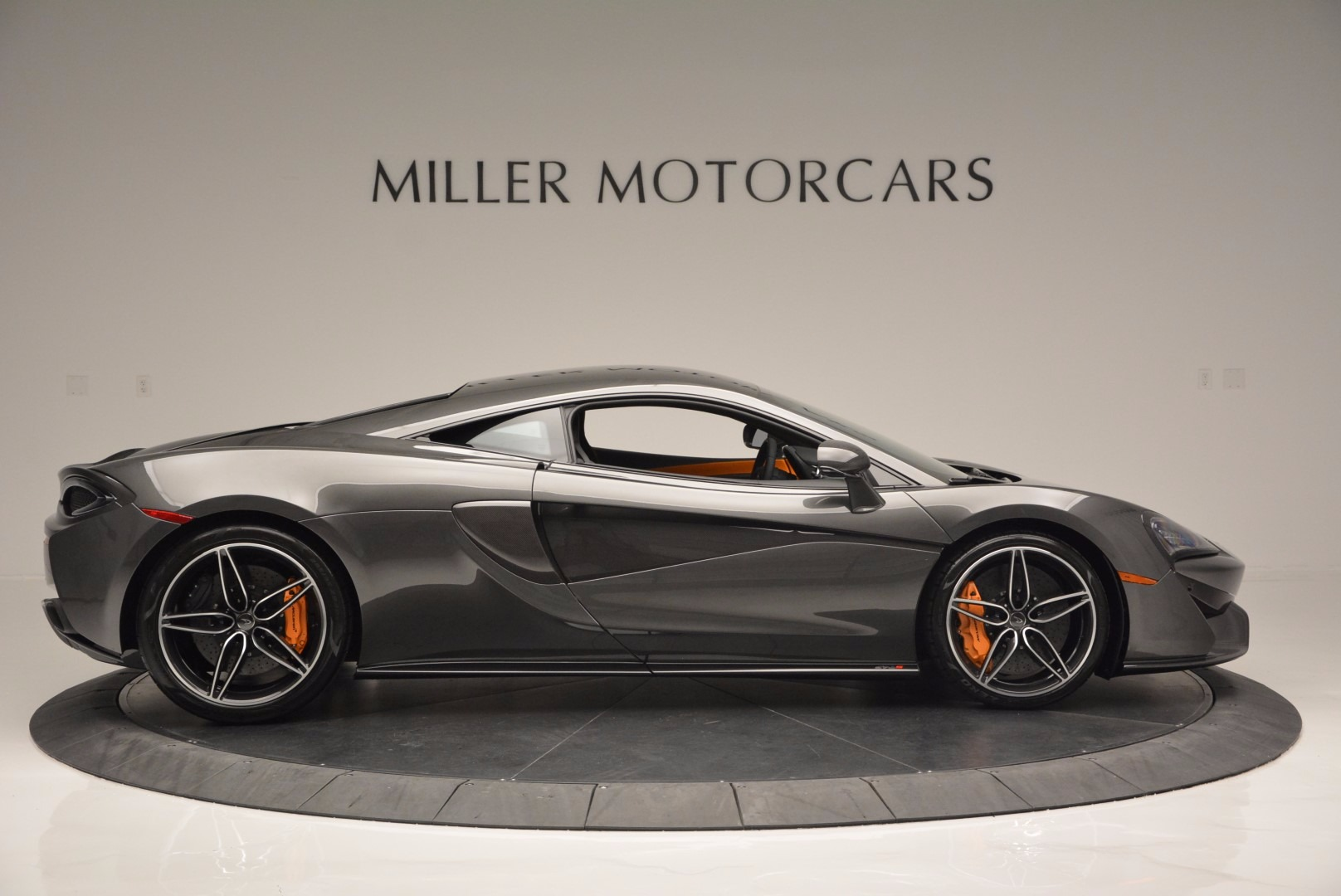 Used 2016 McLaren 570S  For Sale In Greenwich, CT 1498_p9