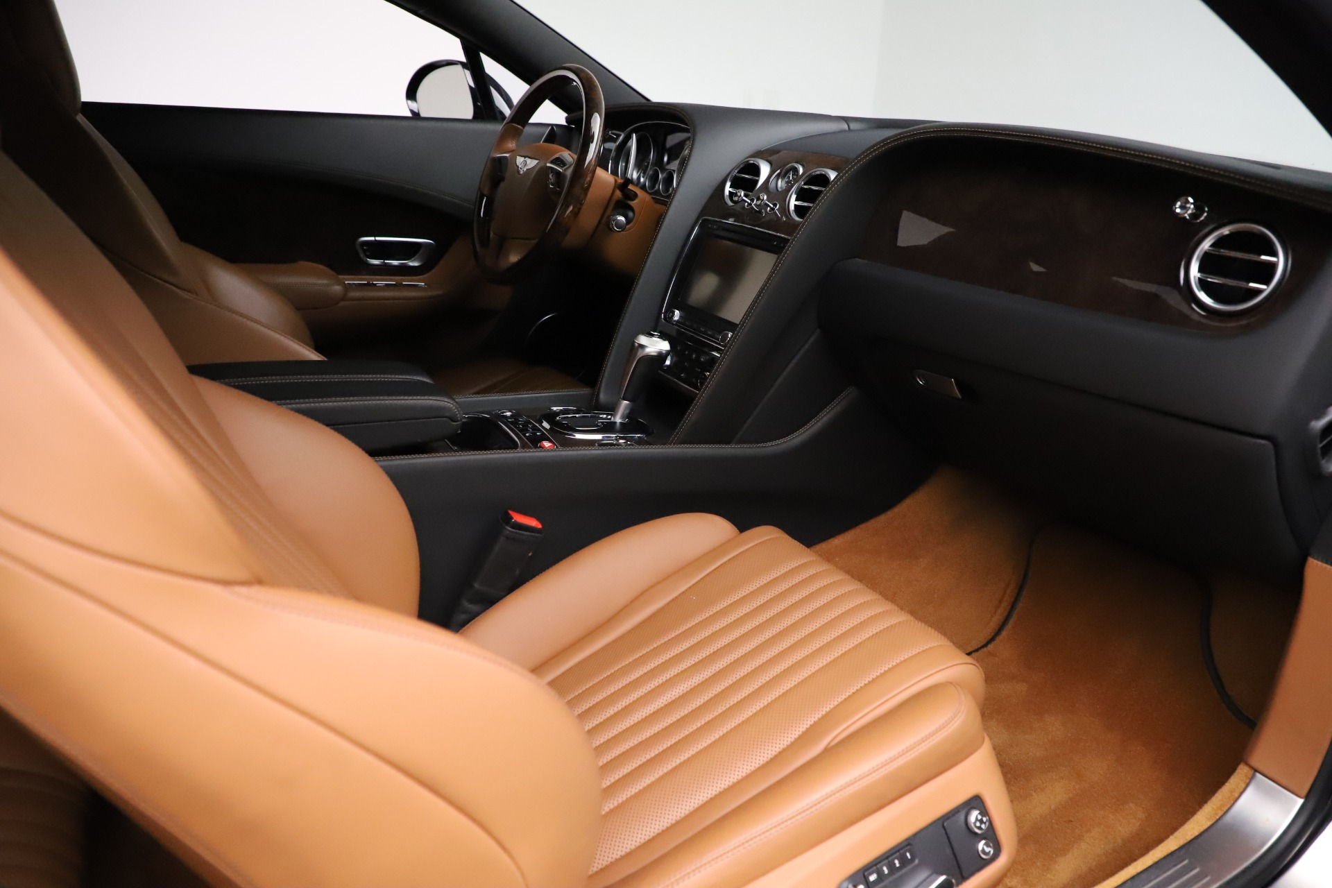 New 2017 Bentley Continental GT W12 For Sale In Greenwich, CT 1501_p22