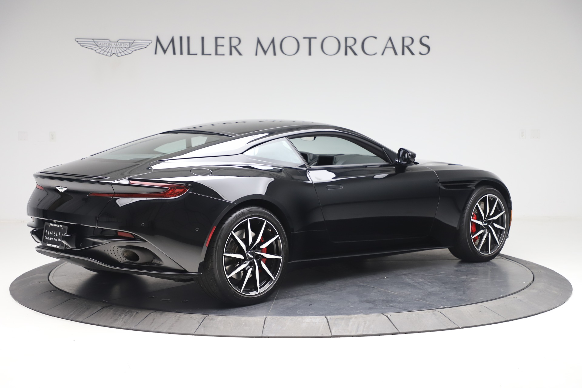 New 2017 Aston Martin DB11  For Sale In Greenwich, CT 1503_p7