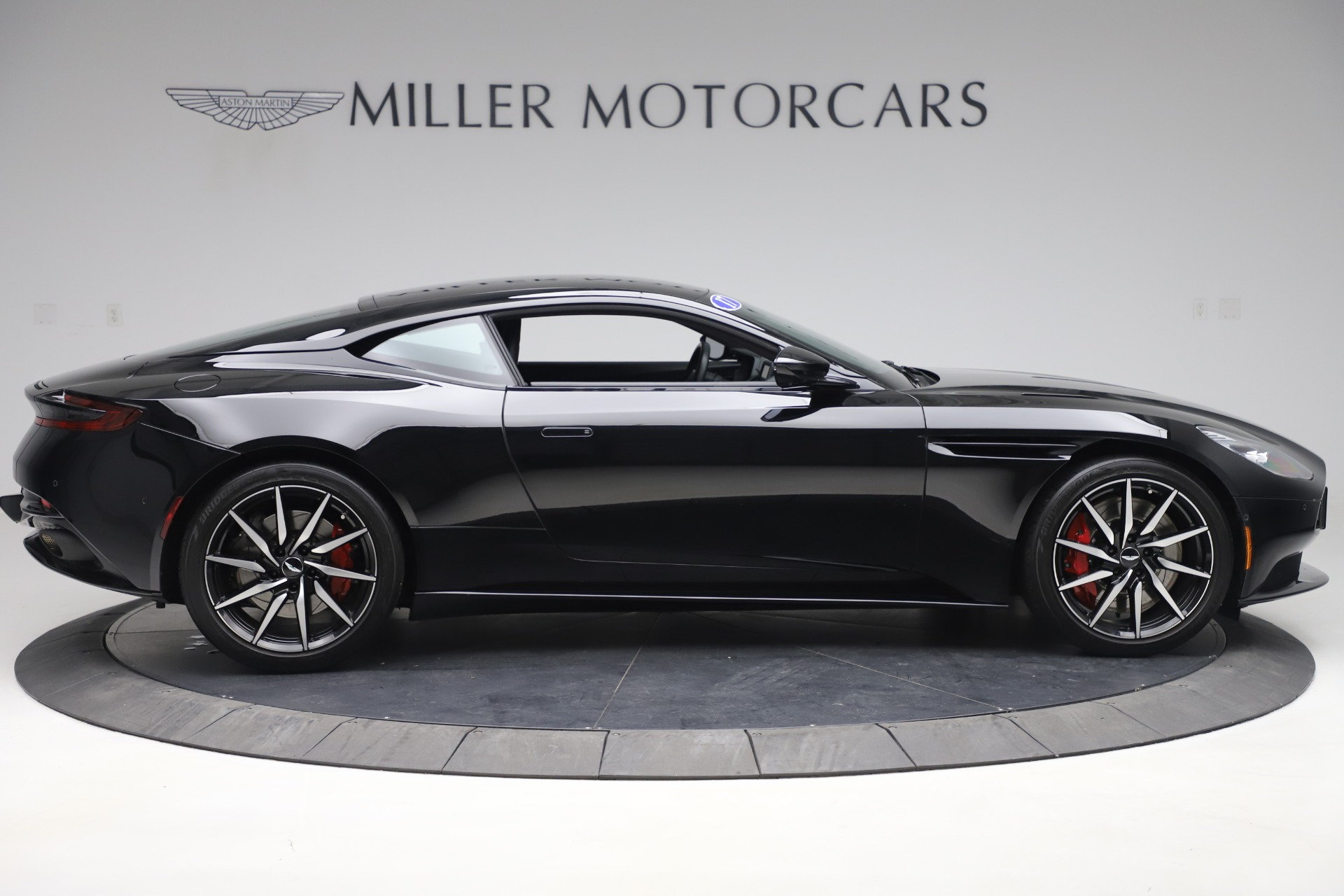 New 2017 Aston Martin DB11  For Sale In Greenwich, CT 1503_p9