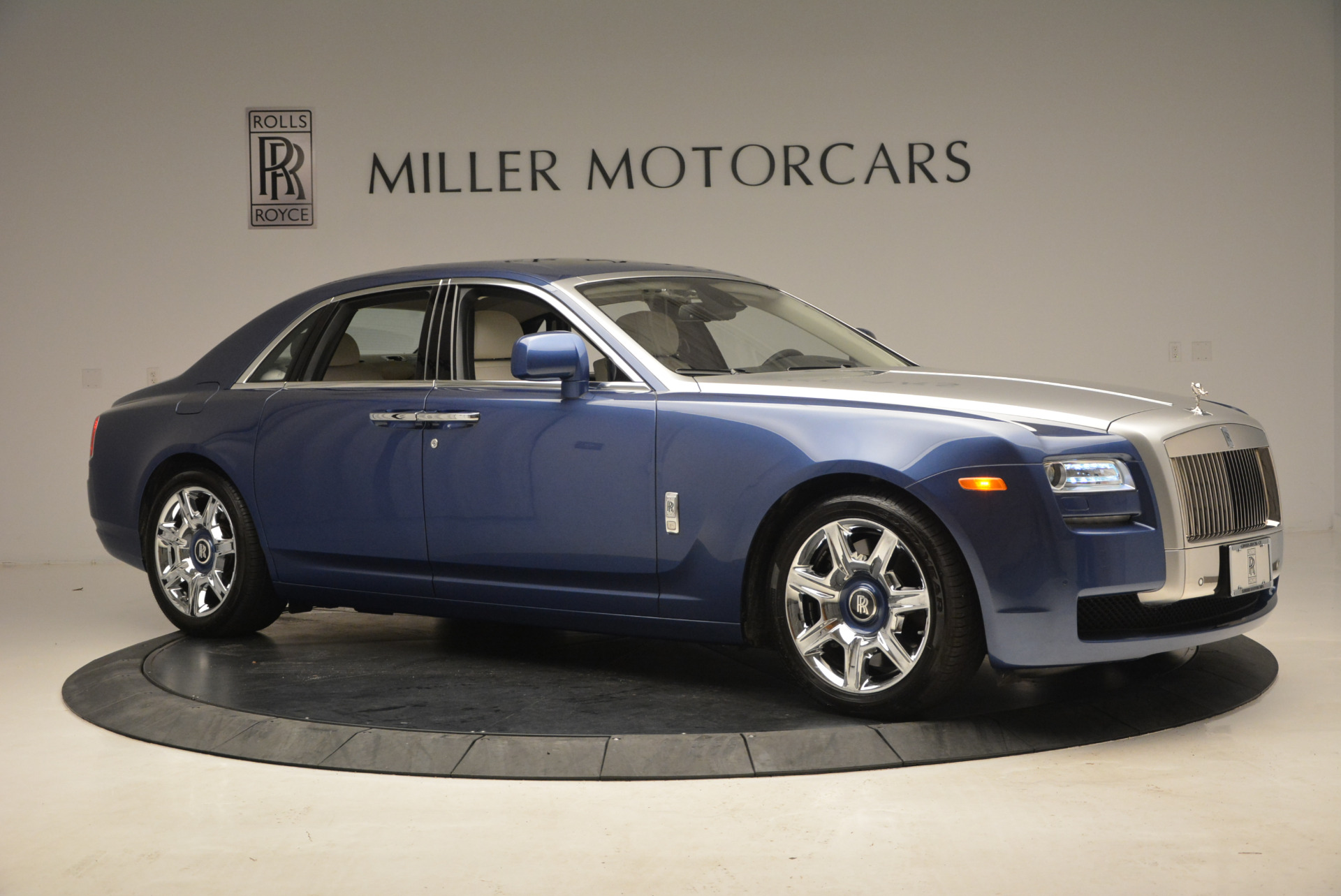 Used 2010 Rolls-Royce Ghost  For Sale In Greenwich, CT 1504_p12