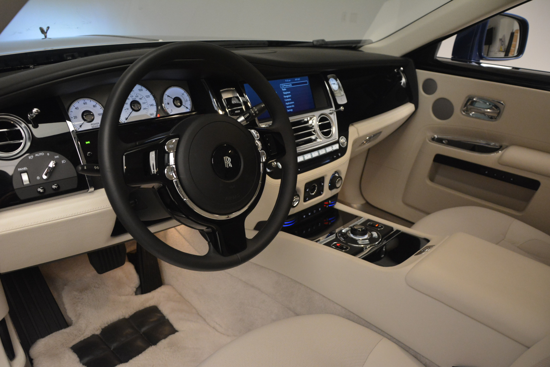 Used 2010 Rolls-Royce Ghost  For Sale In Greenwich, CT 1504_p19