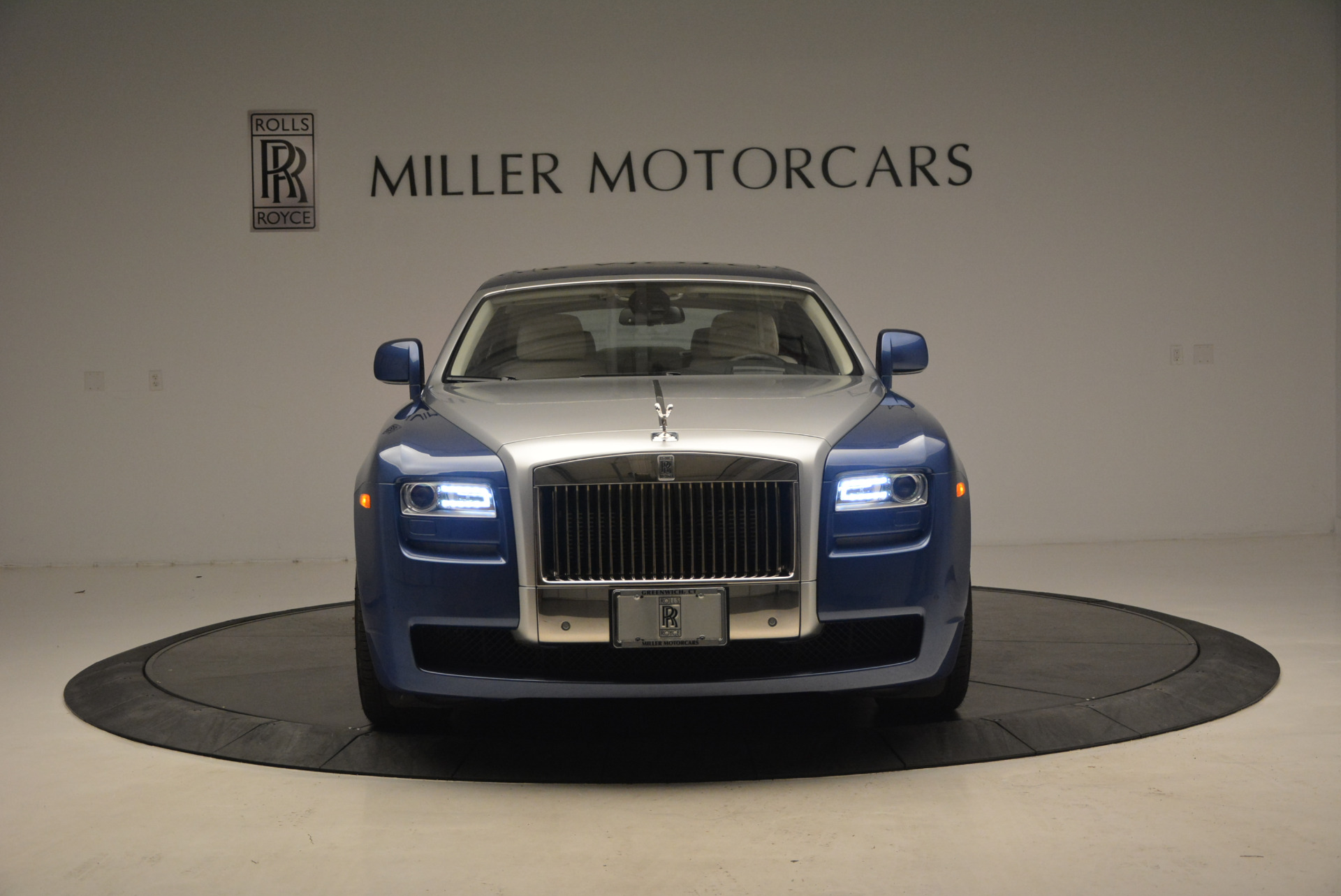 Used 2010 Rolls-Royce Ghost  For Sale In Greenwich, CT 1504_p2
