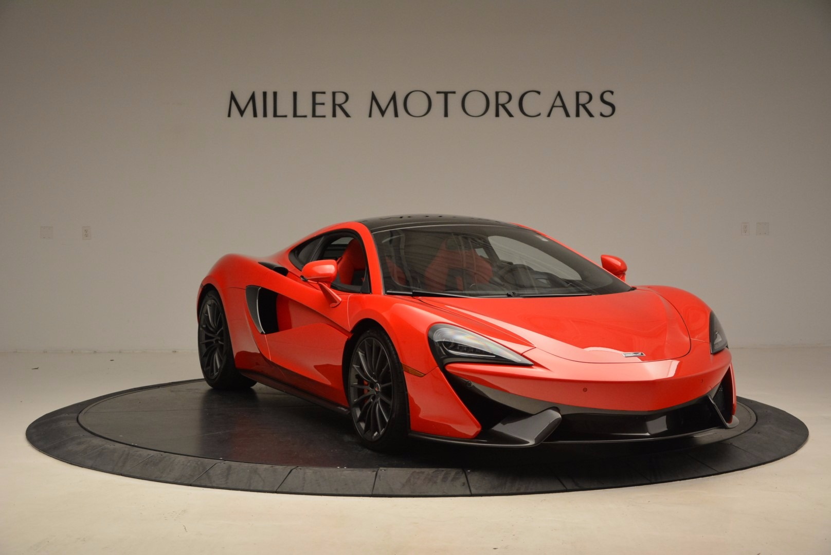 Used 2017 McLaren 570GT  For Sale In Greenwich, CT 1506_p10