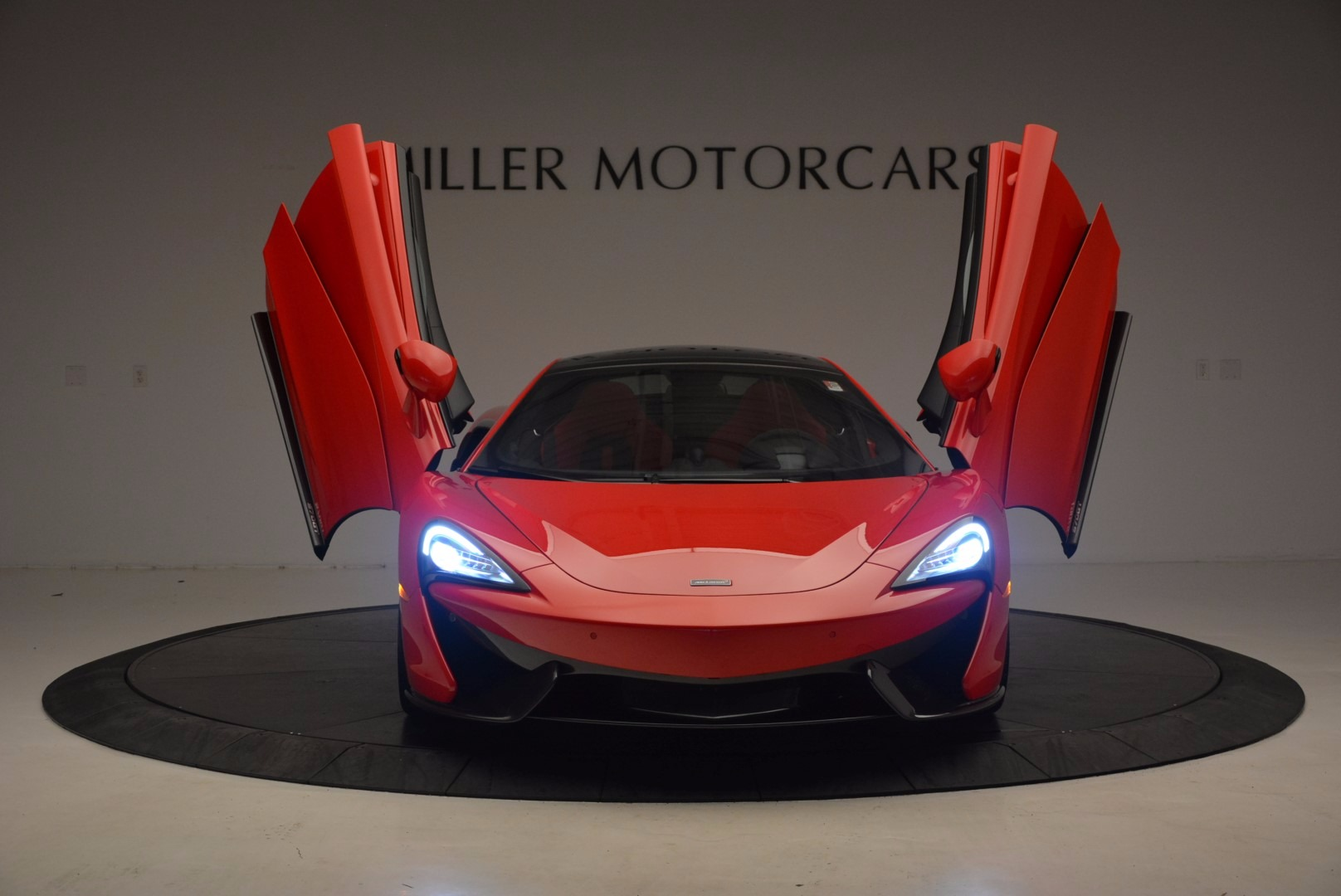 Used 2017 McLaren 570GT  For Sale In Greenwich, CT 1506_p12