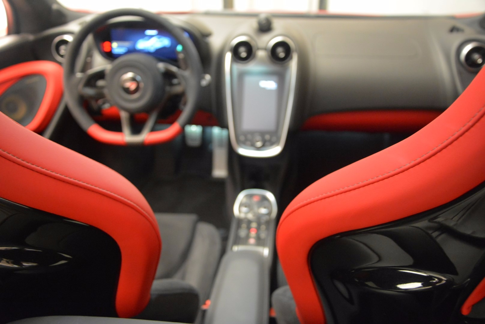 Used 2017 McLaren 570GT  For Sale In Greenwich, CT 1506_p19