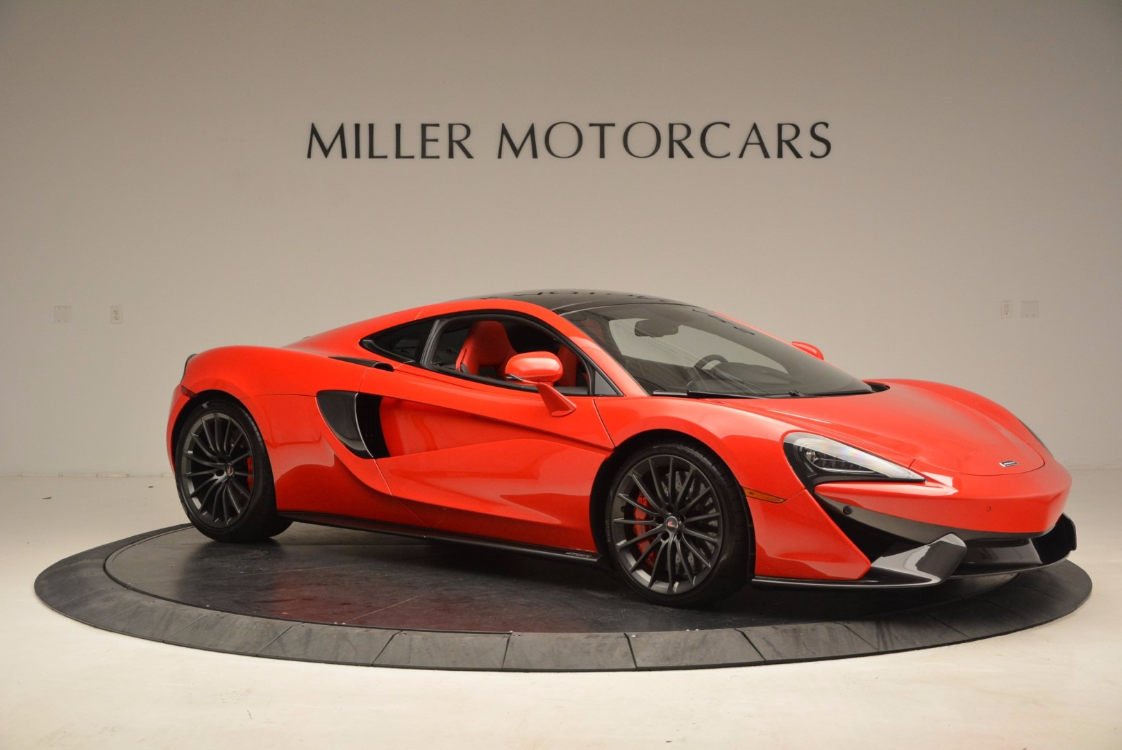 Used 2017 McLaren 570GT  For Sale In Greenwich, CT 1506_p9