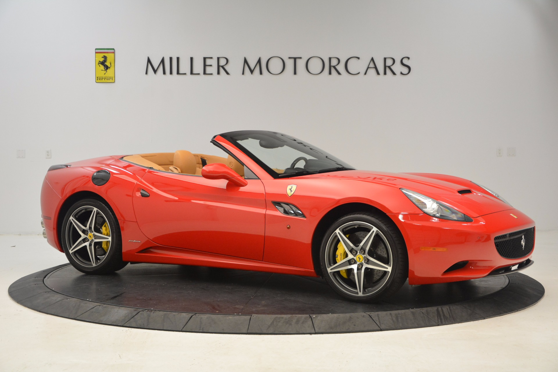 Used 2012 Ferrari California  For Sale In Greenwich, CT 1508_p10