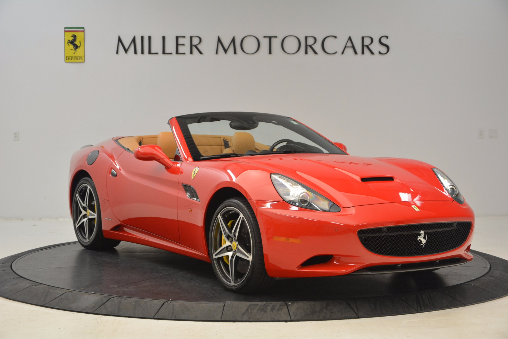 Used 2012 Ferrari California  For Sale In Greenwich, CT 1508_p11