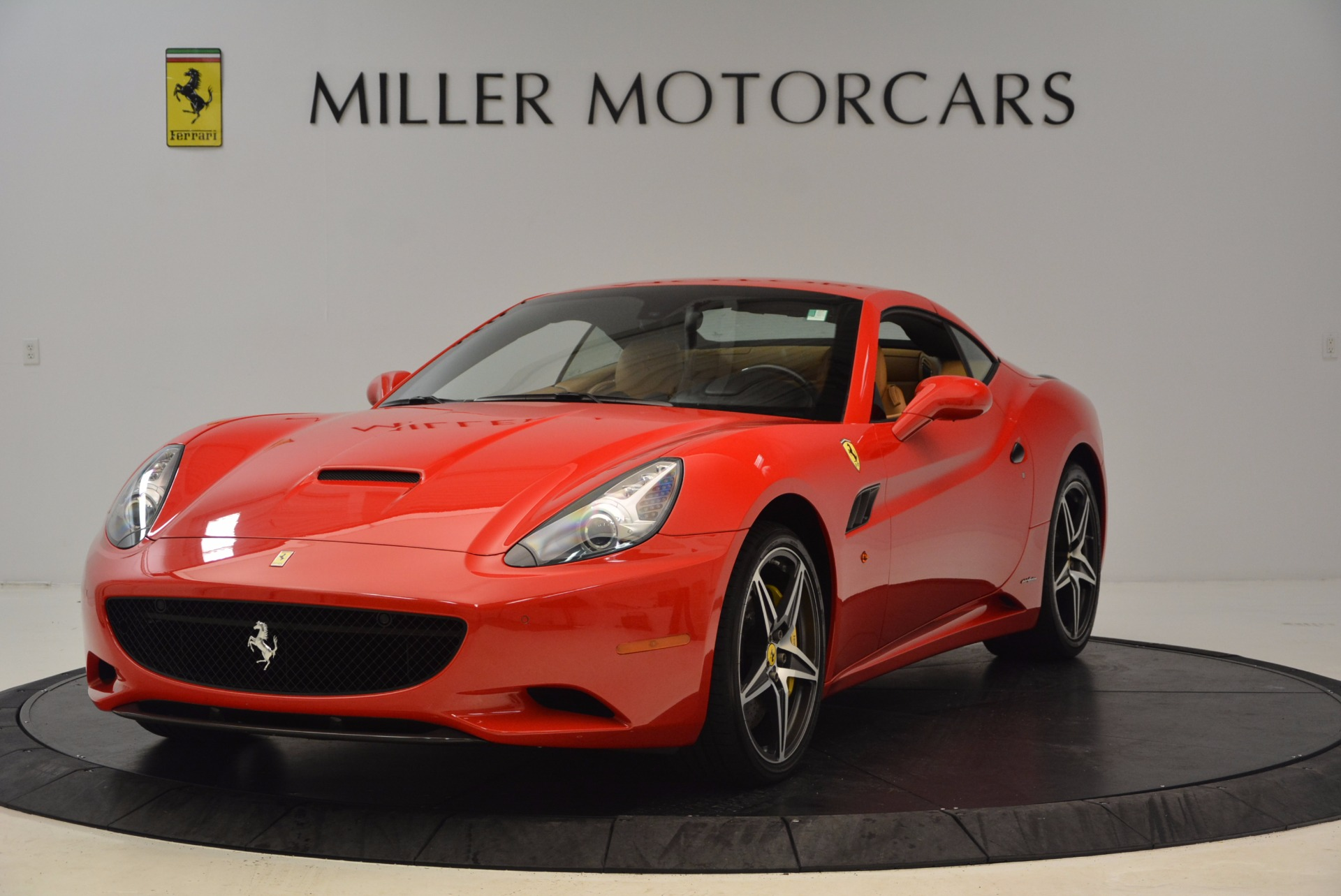 Used 2012 Ferrari California  For Sale In Greenwich, CT 1508_p12