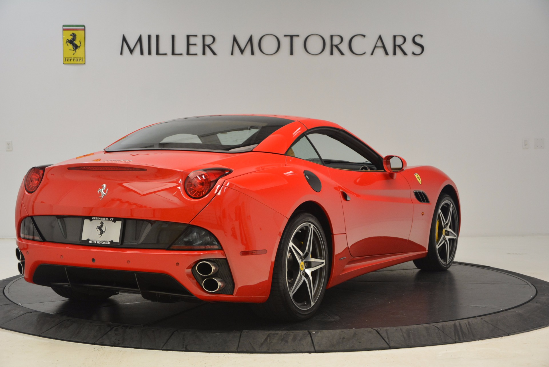 Used 2012 Ferrari California  For Sale In Greenwich, CT 1508_p14