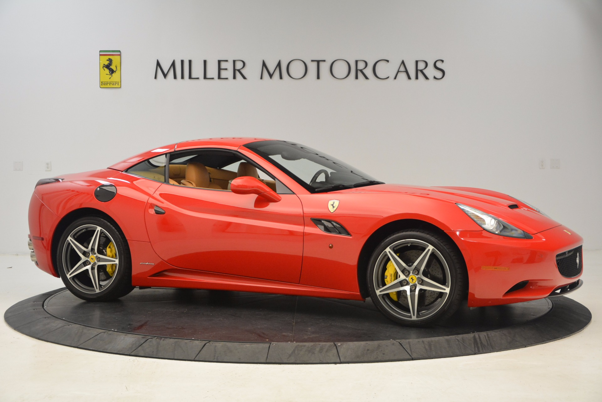 Used 2012 Ferrari California  For Sale In Greenwich, CT 1508_p16