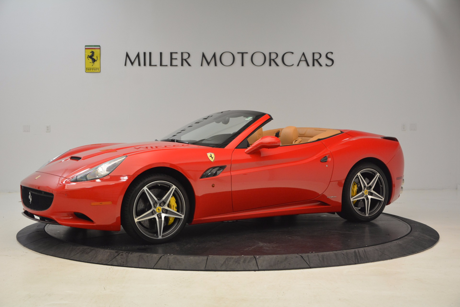 Used 2012 Ferrari California  For Sale In Greenwich, CT 1508_p2
