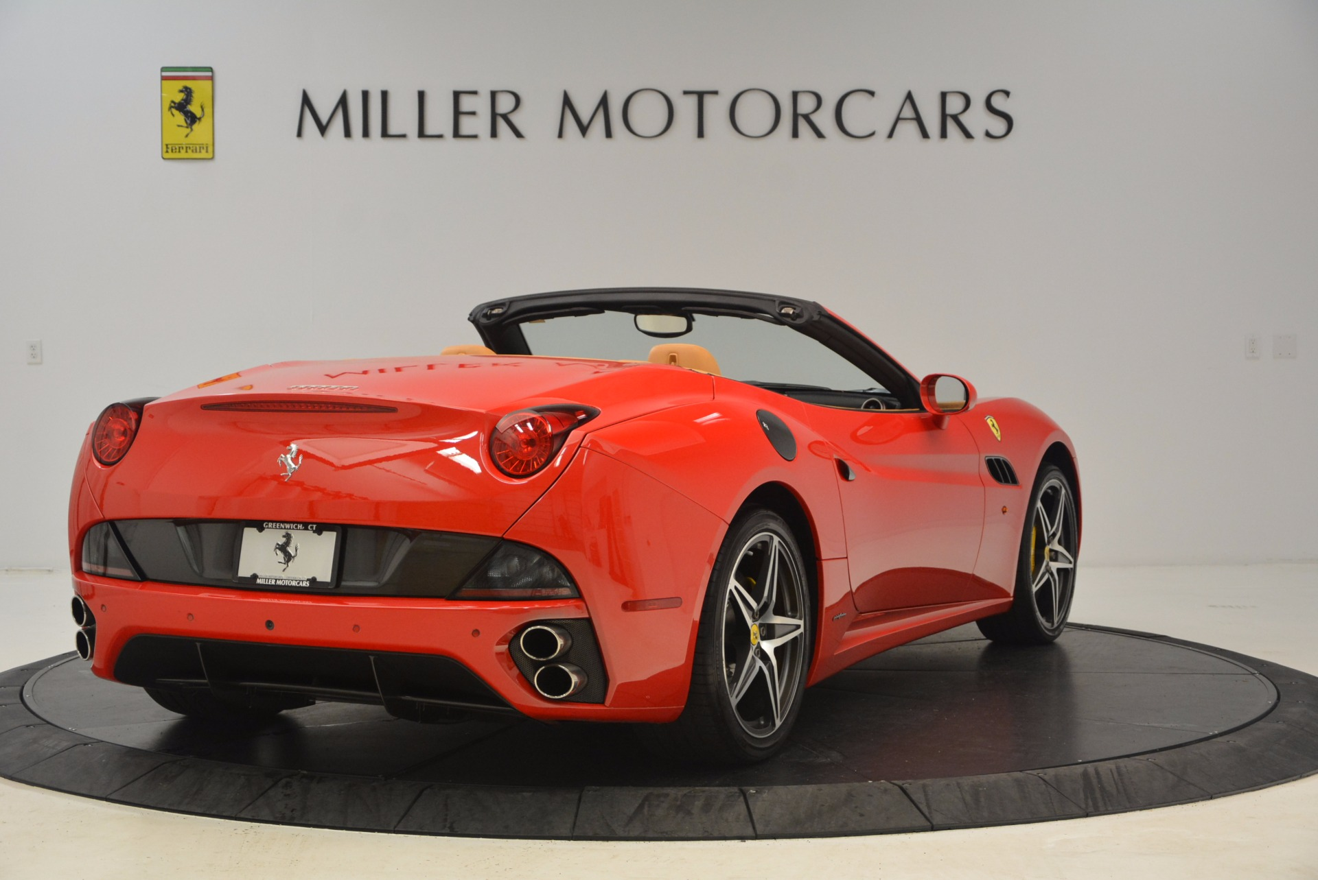 Used 2012 Ferrari California  For Sale In Greenwich, CT 1508_p7