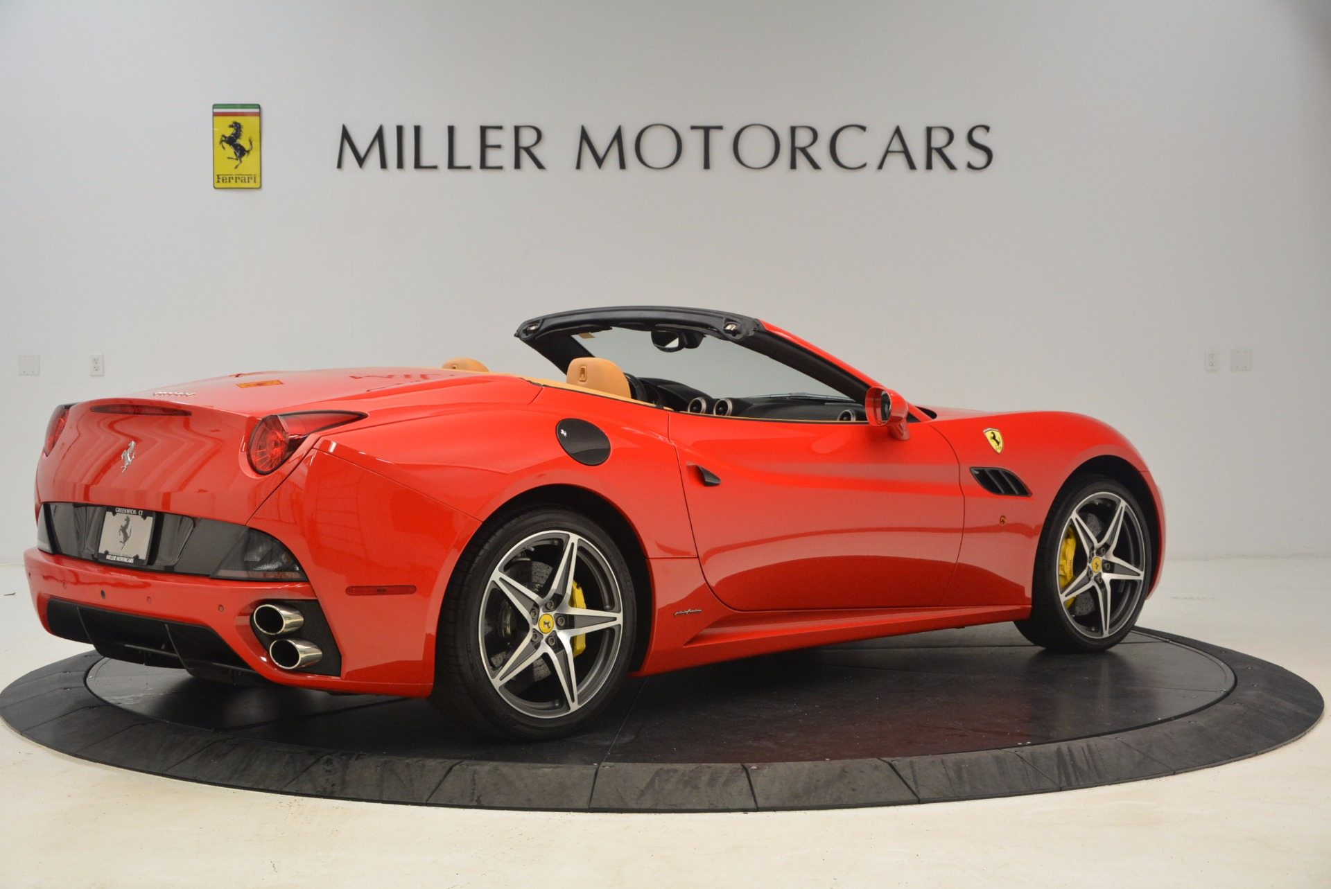 Used 2012 Ferrari California  For Sale In Greenwich, CT 1508_p8