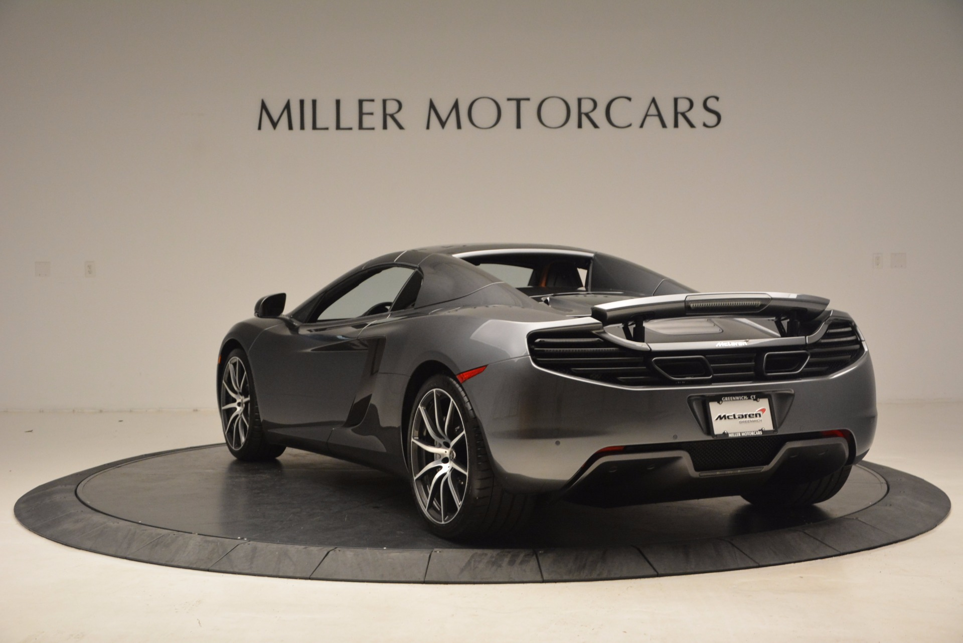 Used 2014 McLaren MP4-12C Convertible For Sale In Greenwich, CT 1510_p18