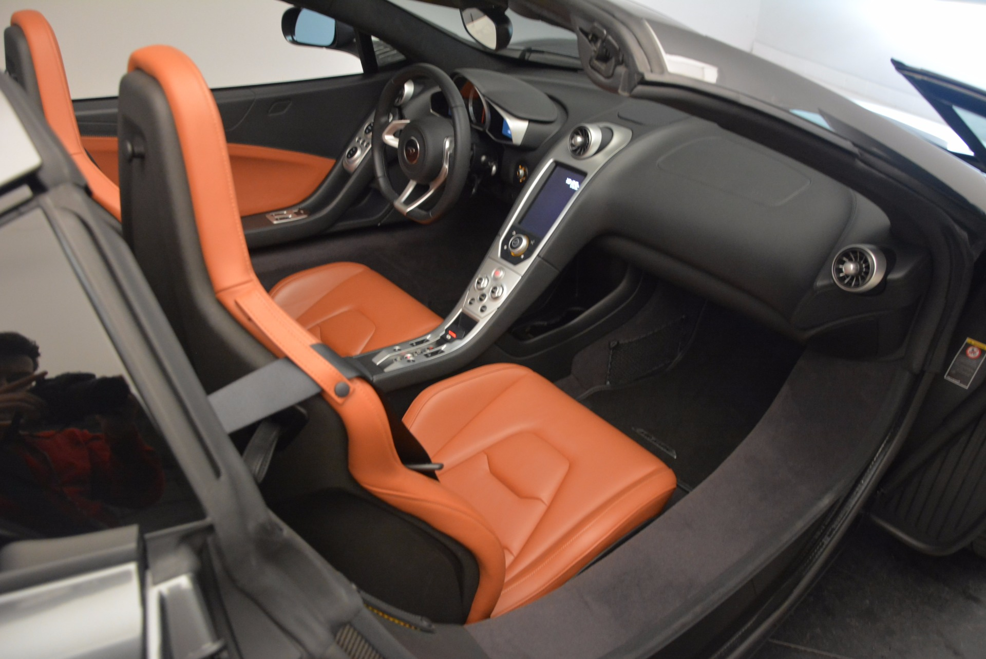 Used 2014 McLaren MP4-12C Convertible For Sale In Greenwich, CT 1510_p33