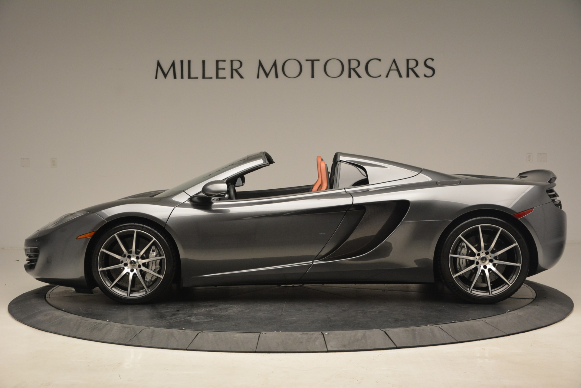 Used 2014 McLaren MP4-12C Convertible For Sale In Greenwich, CT 1510_p3