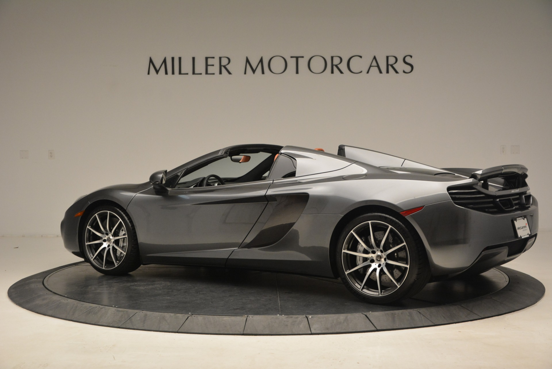 Used 2014 McLaren MP4-12C Convertible For Sale In Greenwich, CT 1510_p4