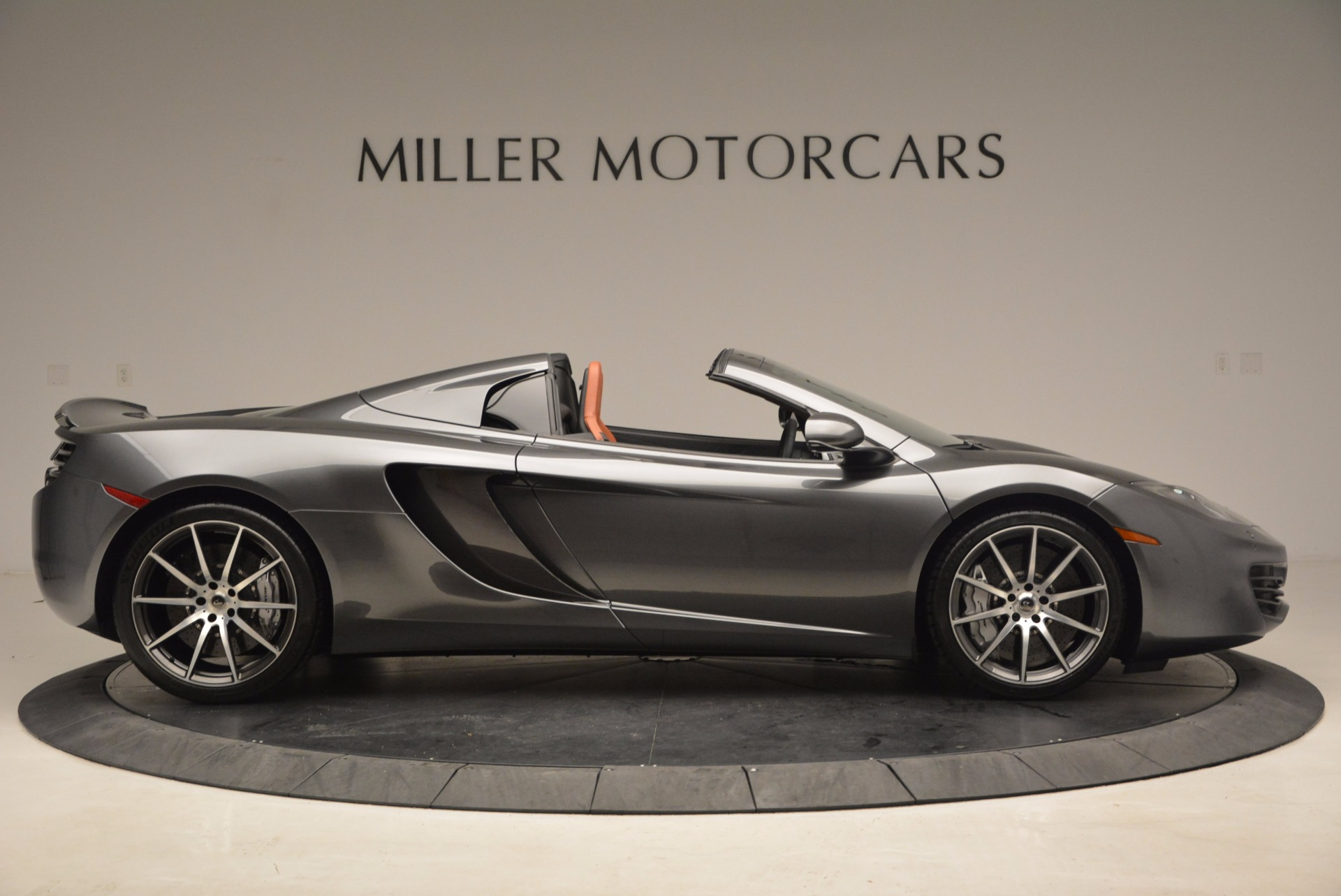 Used 2014 McLaren MP4-12C Convertible For Sale In Greenwich, CT 1510_p9