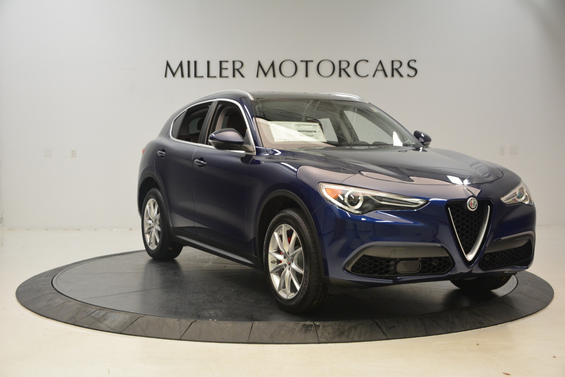 New 2018 Alfa Romeo Stelvio Ti Q4 For Sale In Greenwich, CT 1526_p11
