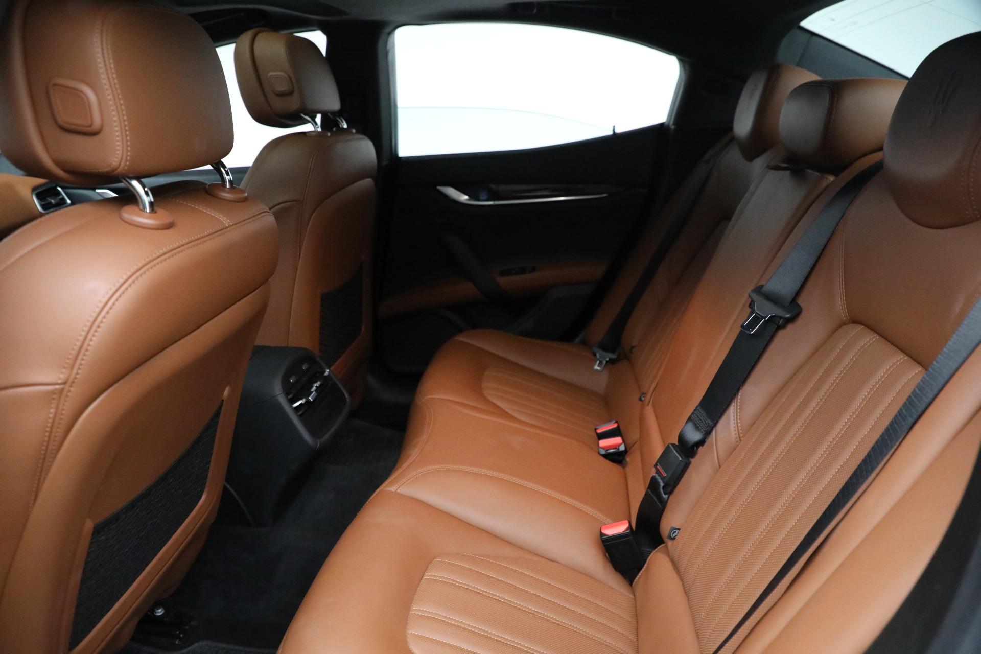 New 2018 Maserati Ghibli S Q4 GranLusso For Sale In Greenwich, CT 1539_p16