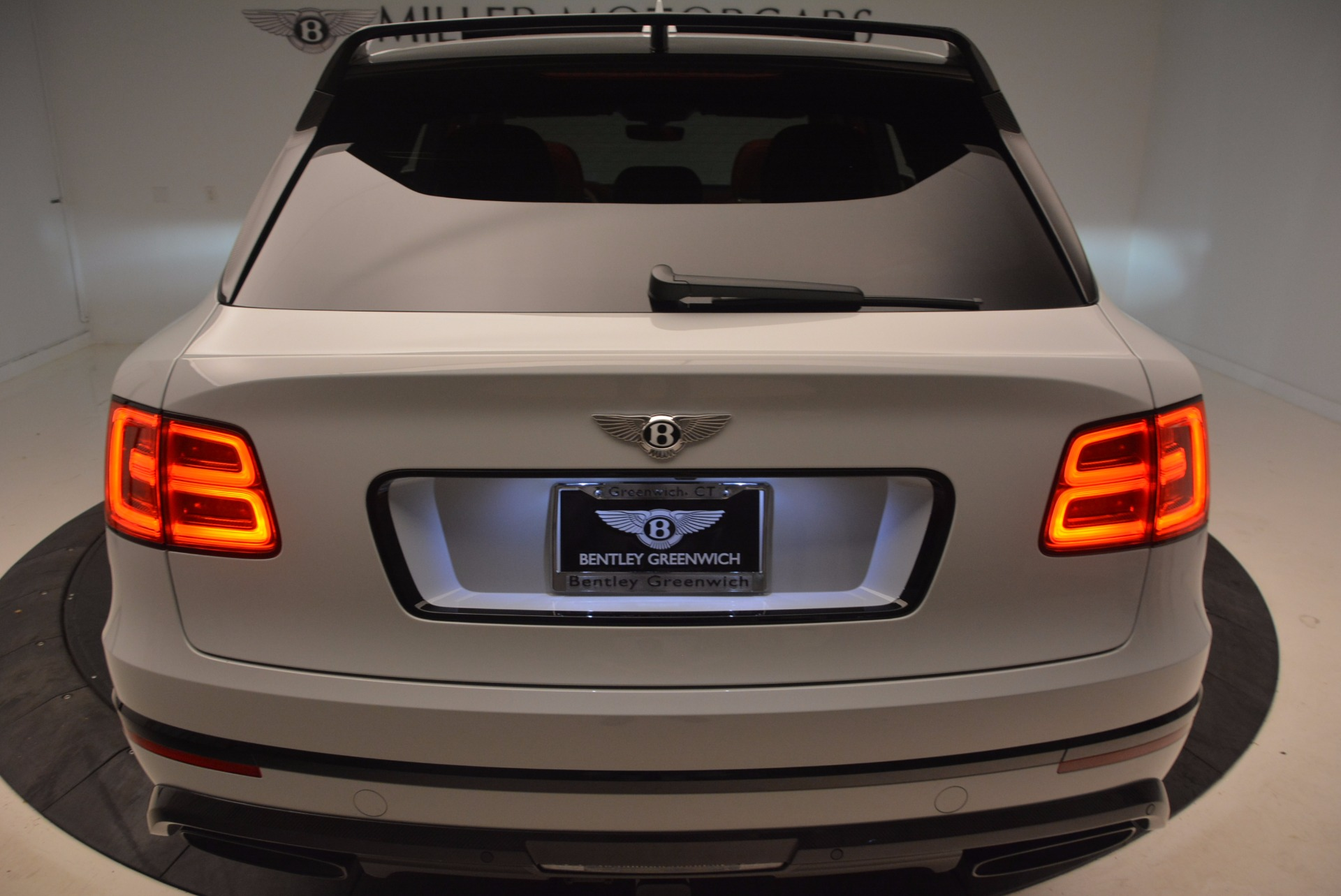 New 2018 Bentley Bentayga Black Edition For Sale In Greenwich, CT 1542_p25