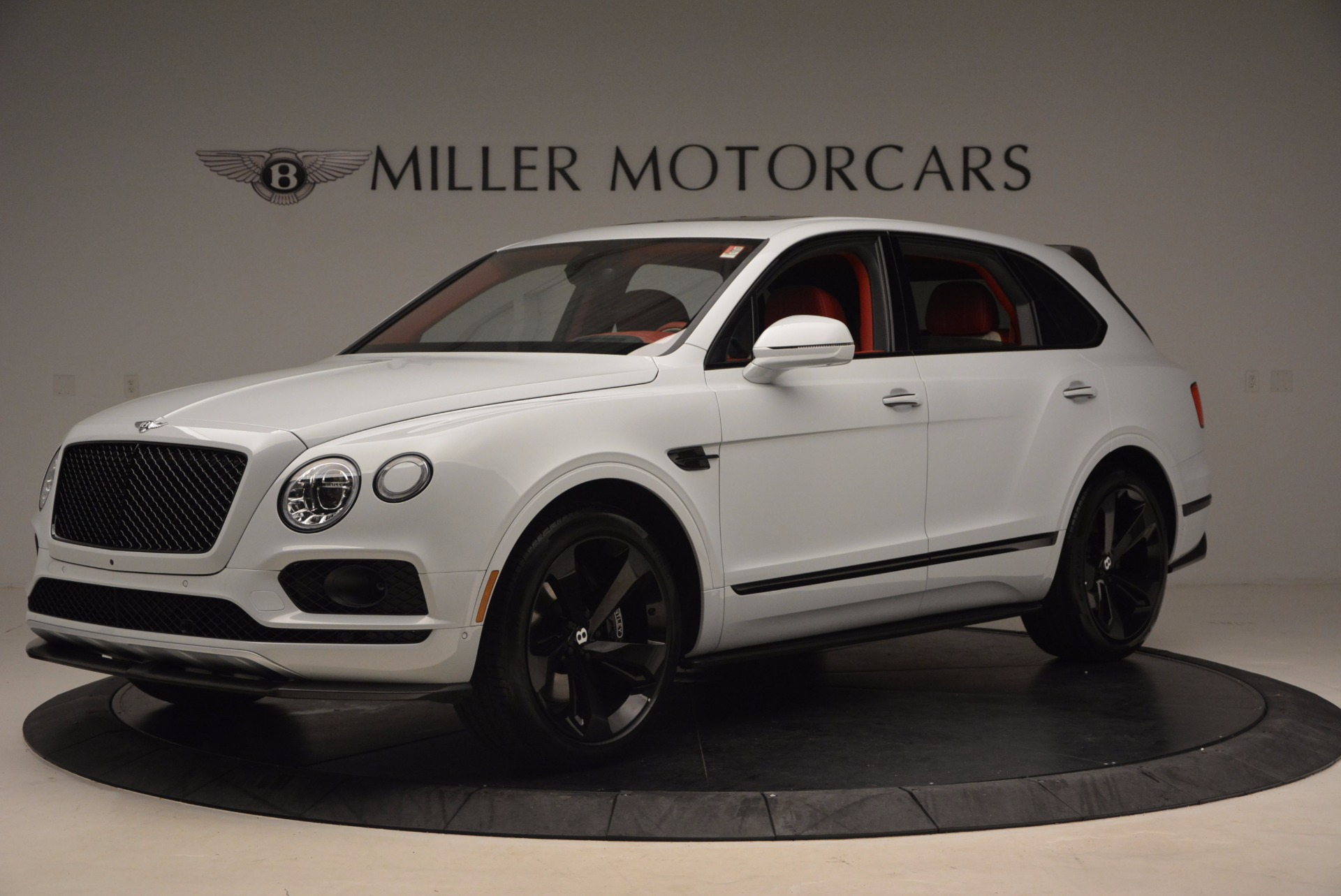 New 2018 Bentley Bentayga Black Edition For Sale In Greenwich, CT 1542_p2