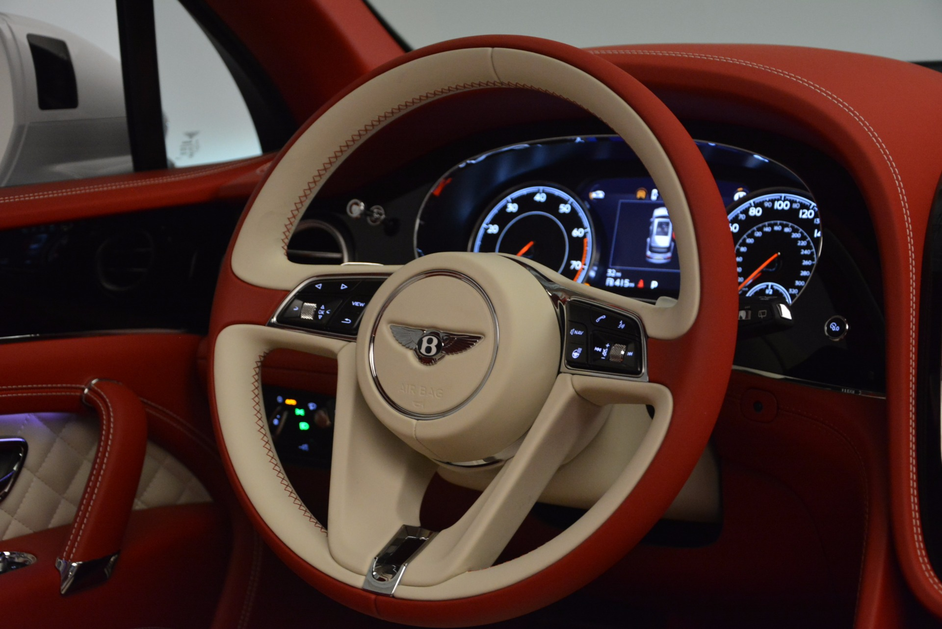 New 2018 Bentley Bentayga Black Edition For Sale In Greenwich, CT 1542_p30