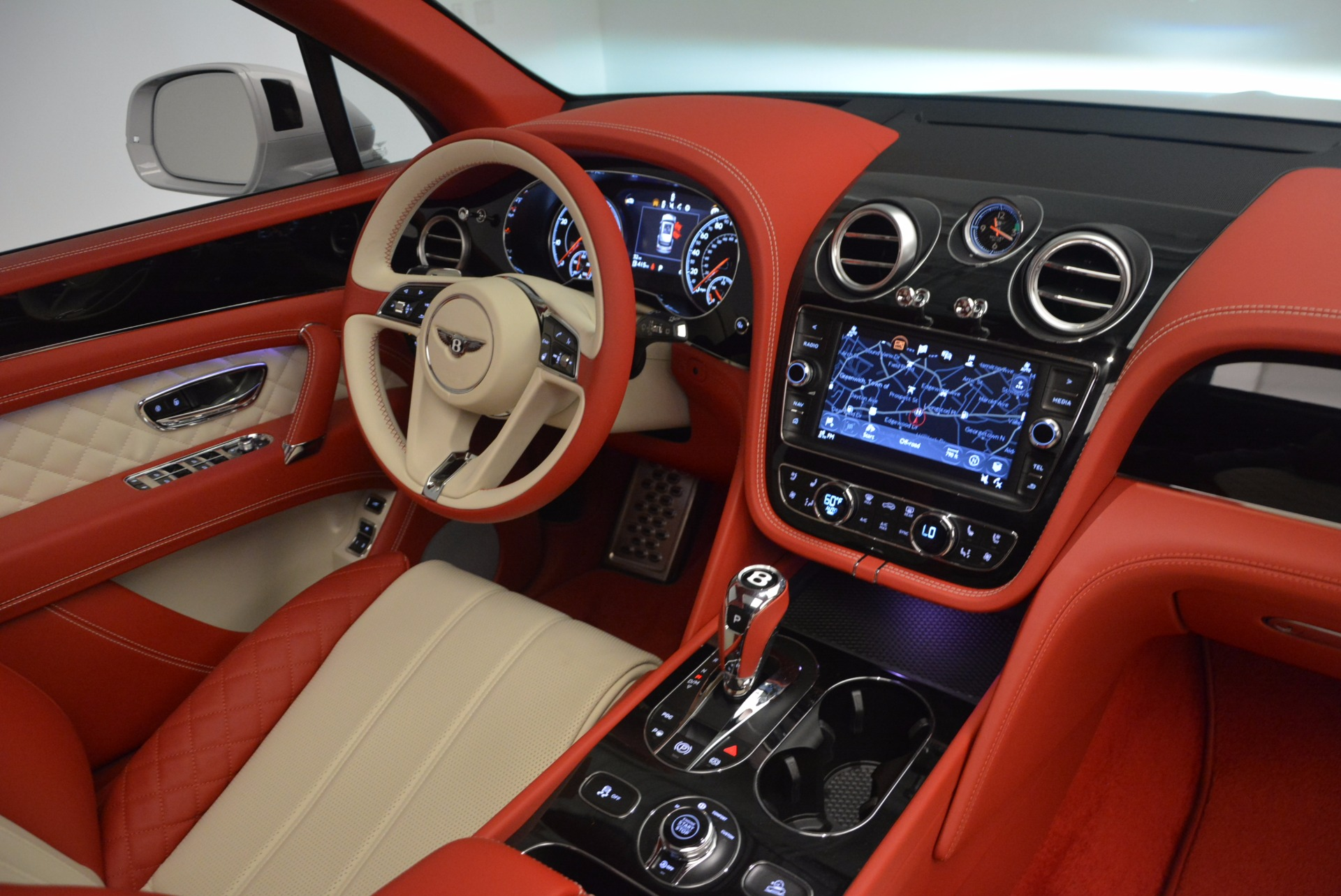New 2018 Bentley Bentayga Black Edition For Sale In Greenwich, CT 1542_p31