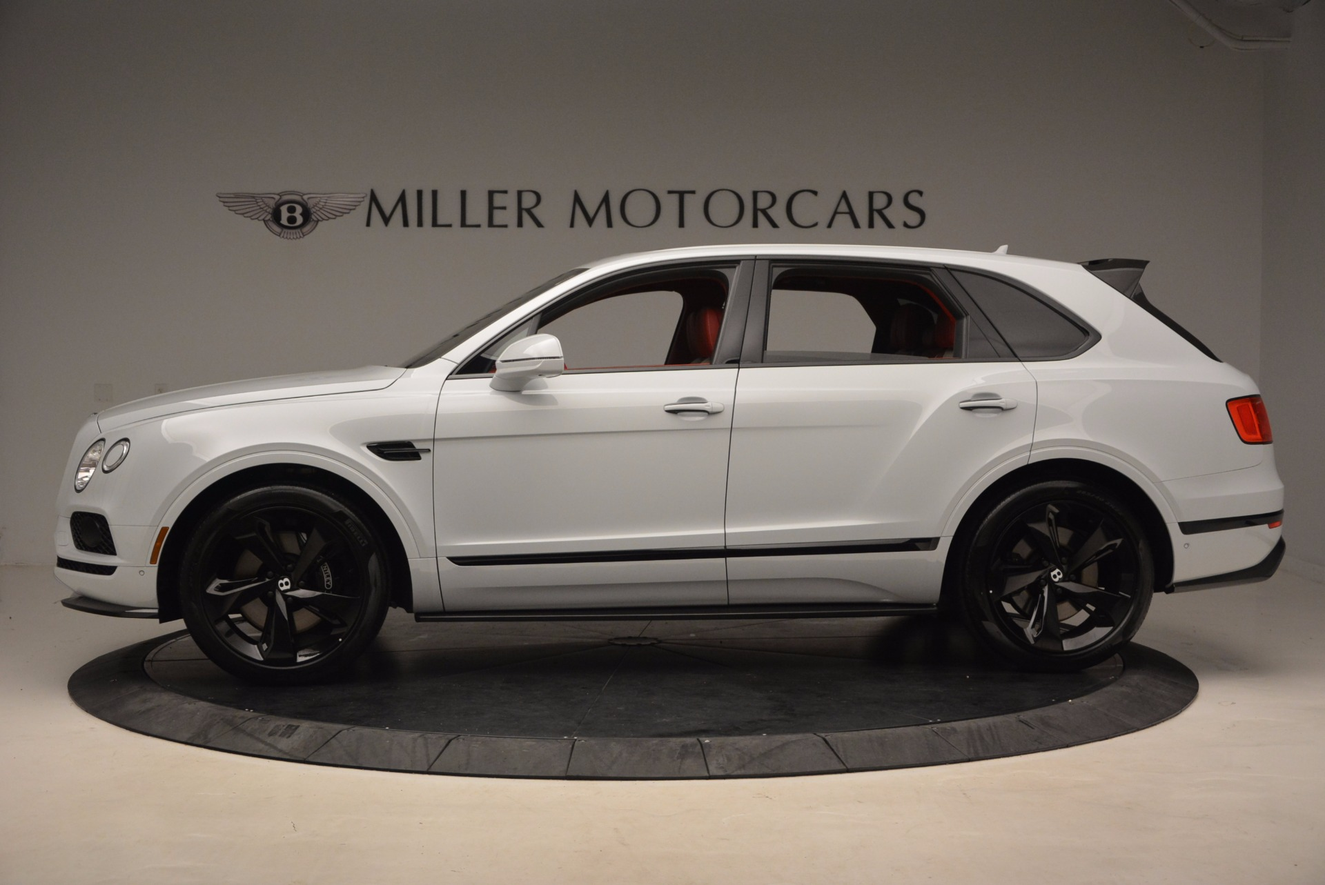 New 2018 Bentley Bentayga Black Edition For Sale In Greenwich, CT 1542_p3