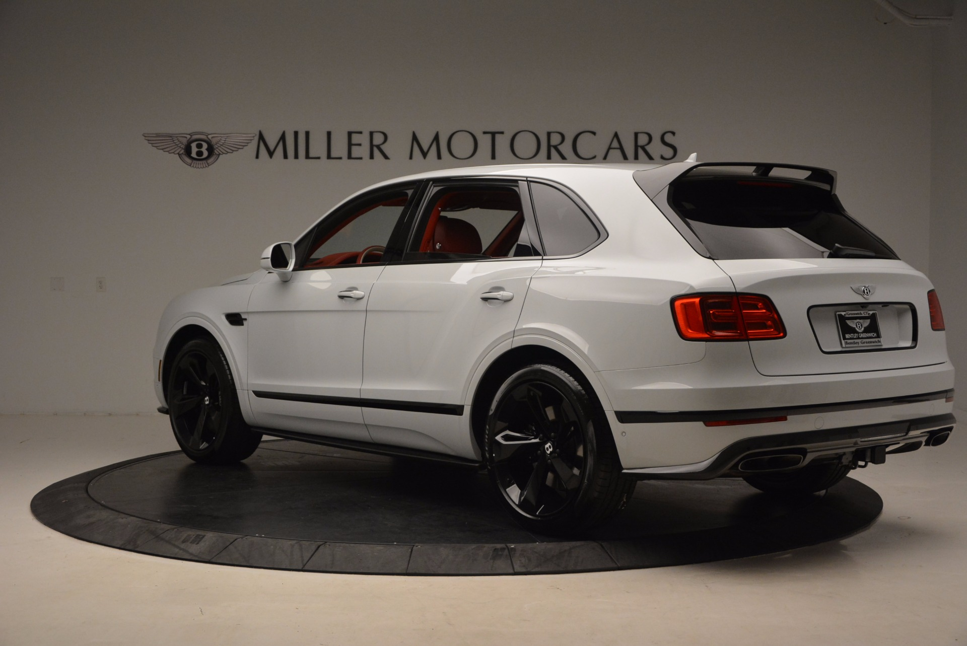 New 2018 Bentley Bentayga Black Edition For Sale In Greenwich, CT 1542_p5