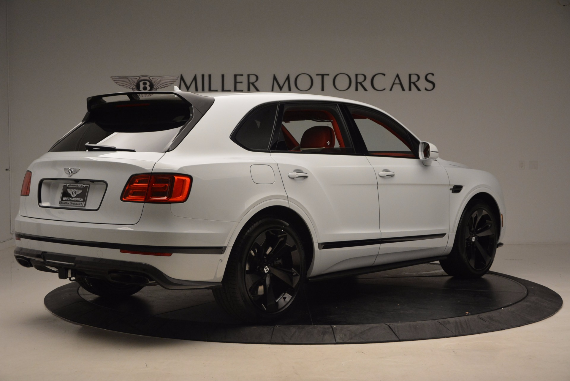 New 2018 Bentley Bentayga Black Edition For Sale In Greenwich, CT 1542_p8