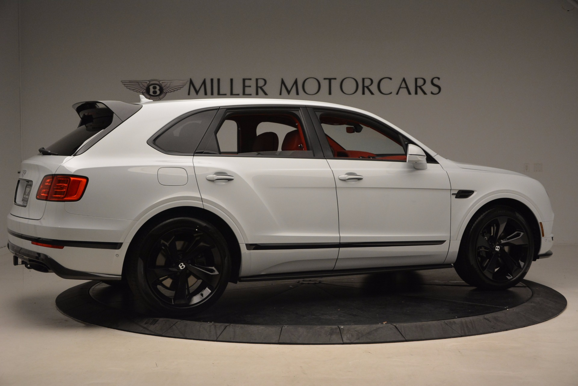 New 2018 Bentley Bentayga Black Edition For Sale In Greenwich, CT 1542_p9