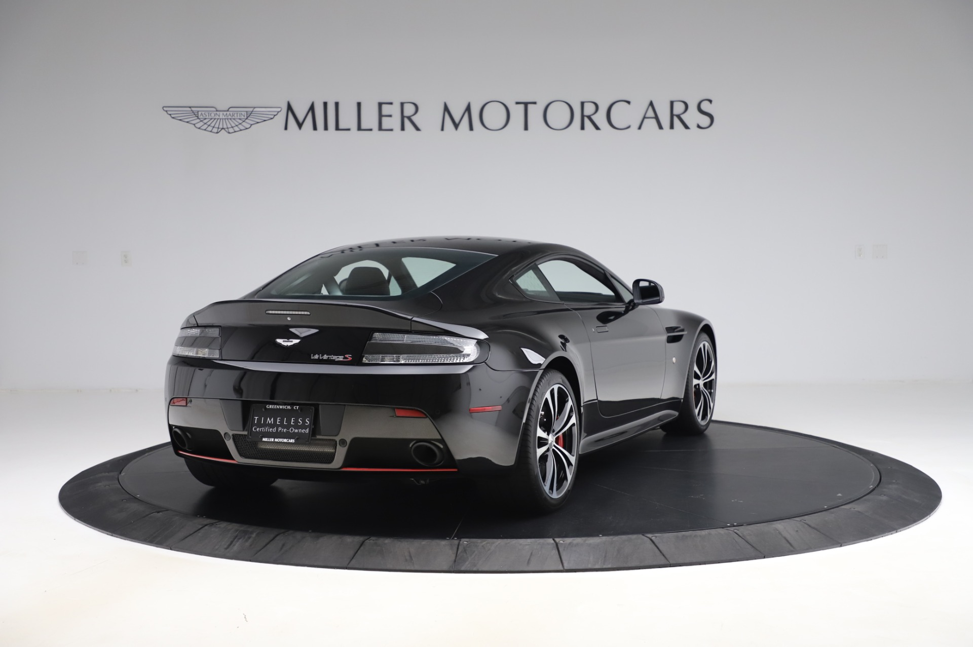 New 2017 Aston Martin V12 Vantage S  For Sale In Greenwich, CT 1545_p6